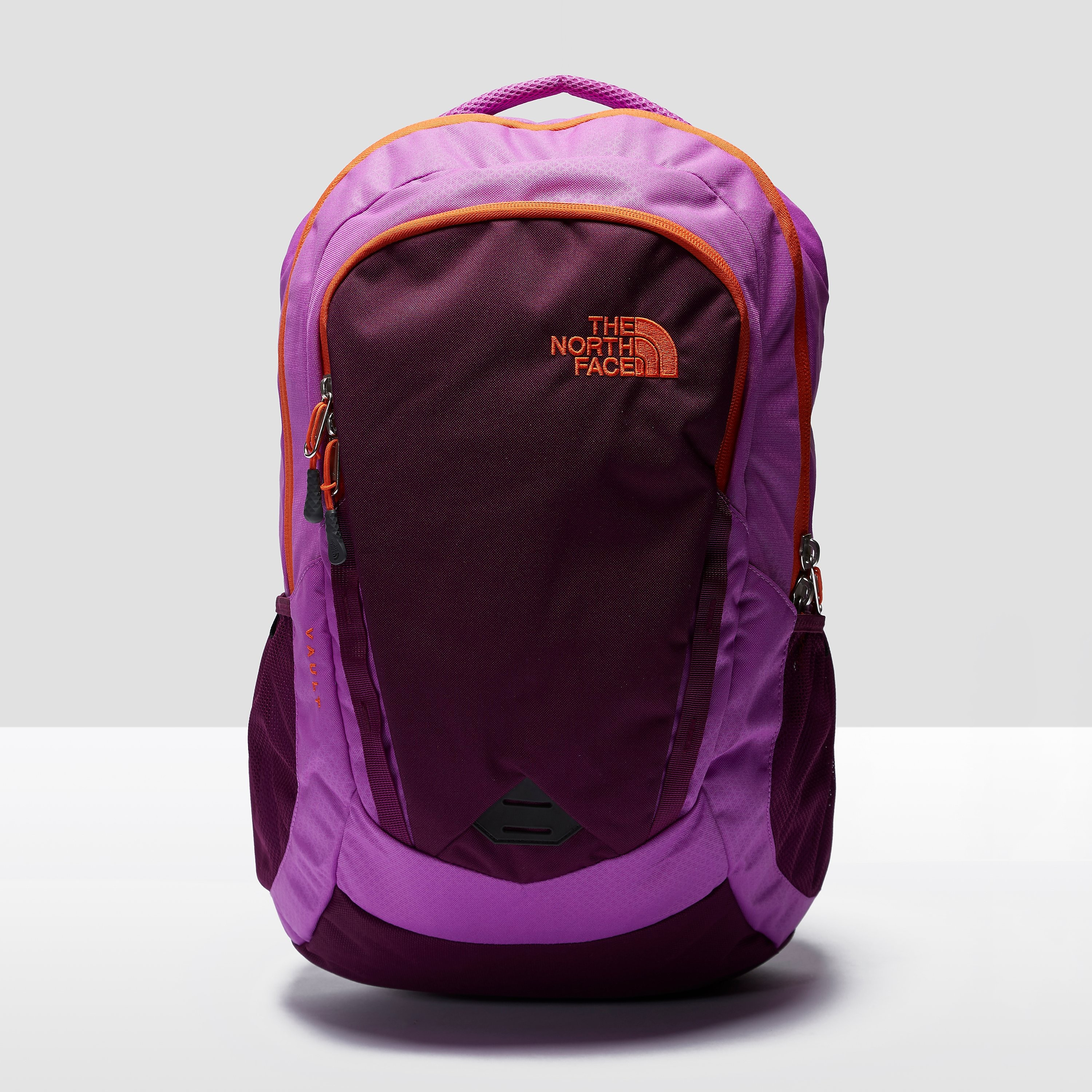 The North Face Women's Vault 28 Backpack