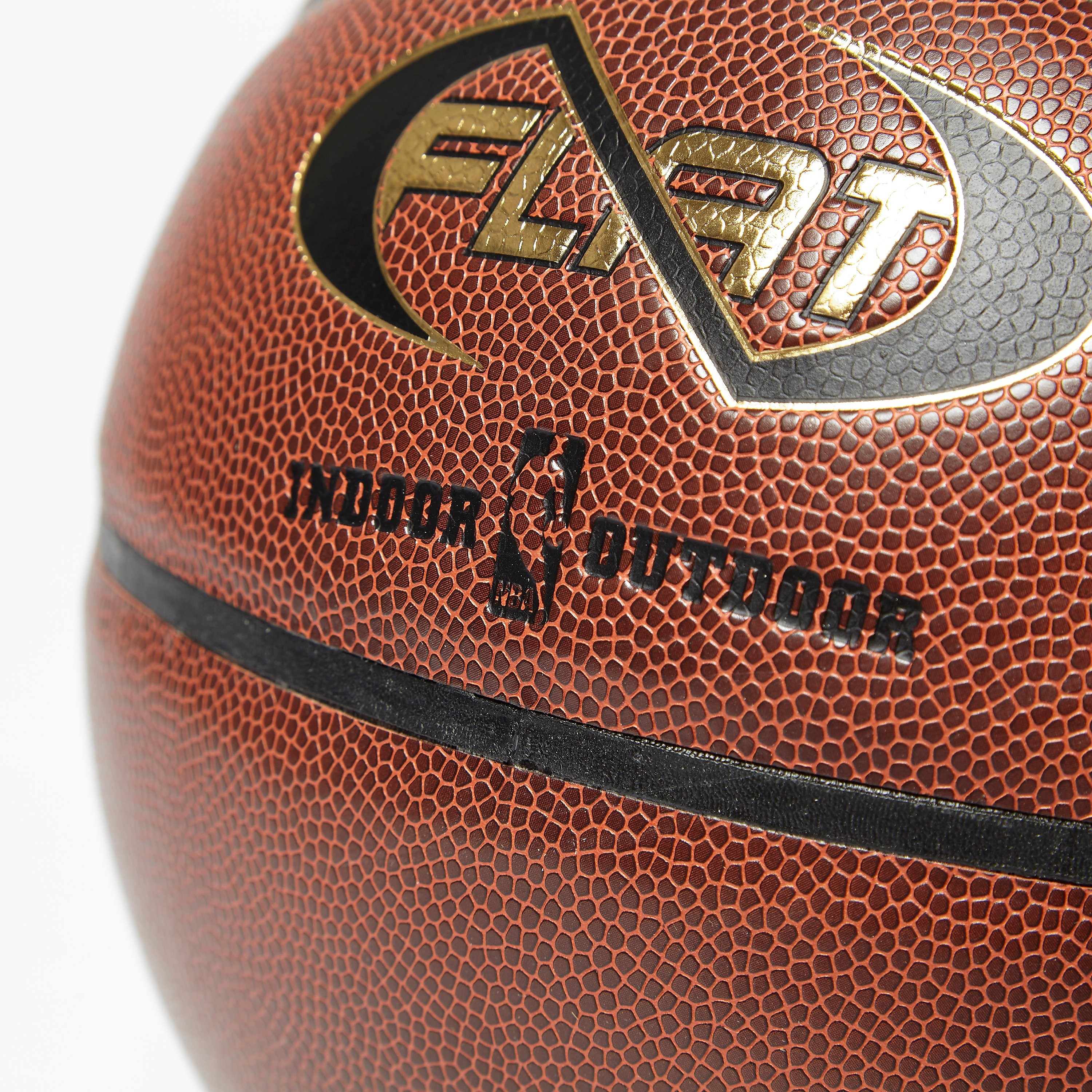Spalding NBA NEVERFLAT IN/OUT