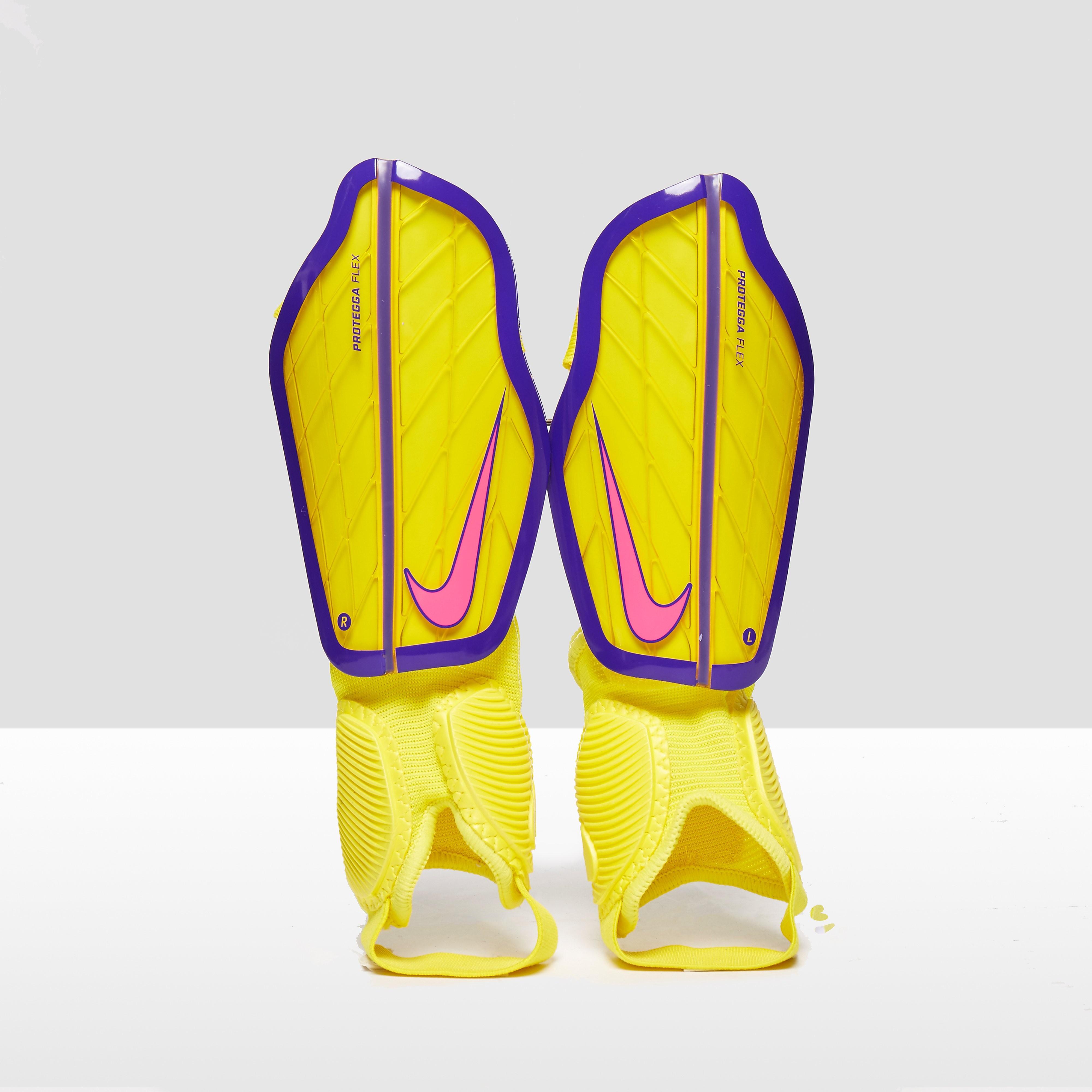 Nike Men's Protegga Flex Football Shin Guards