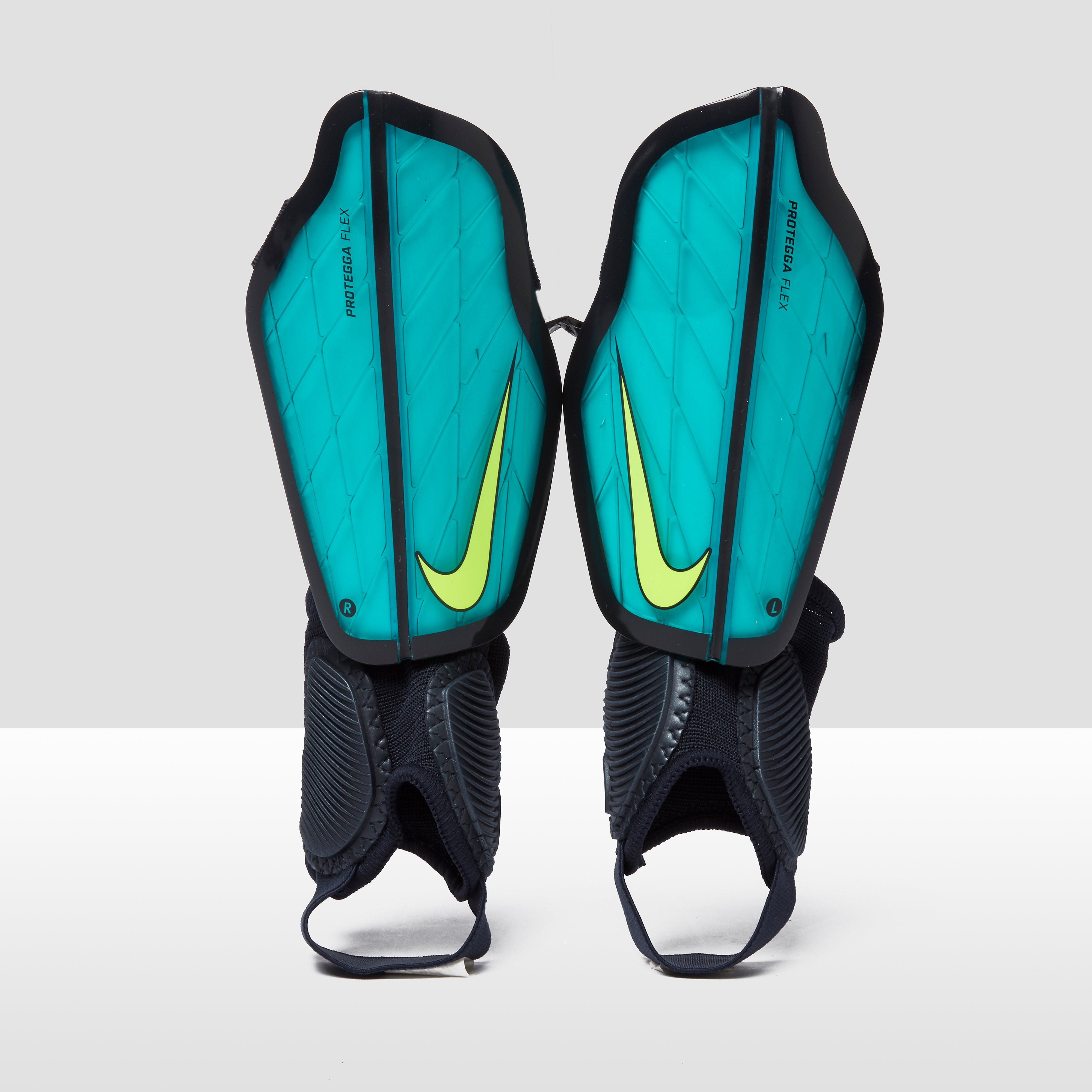 Nike Junior Protegga Flex Football Shin Guards