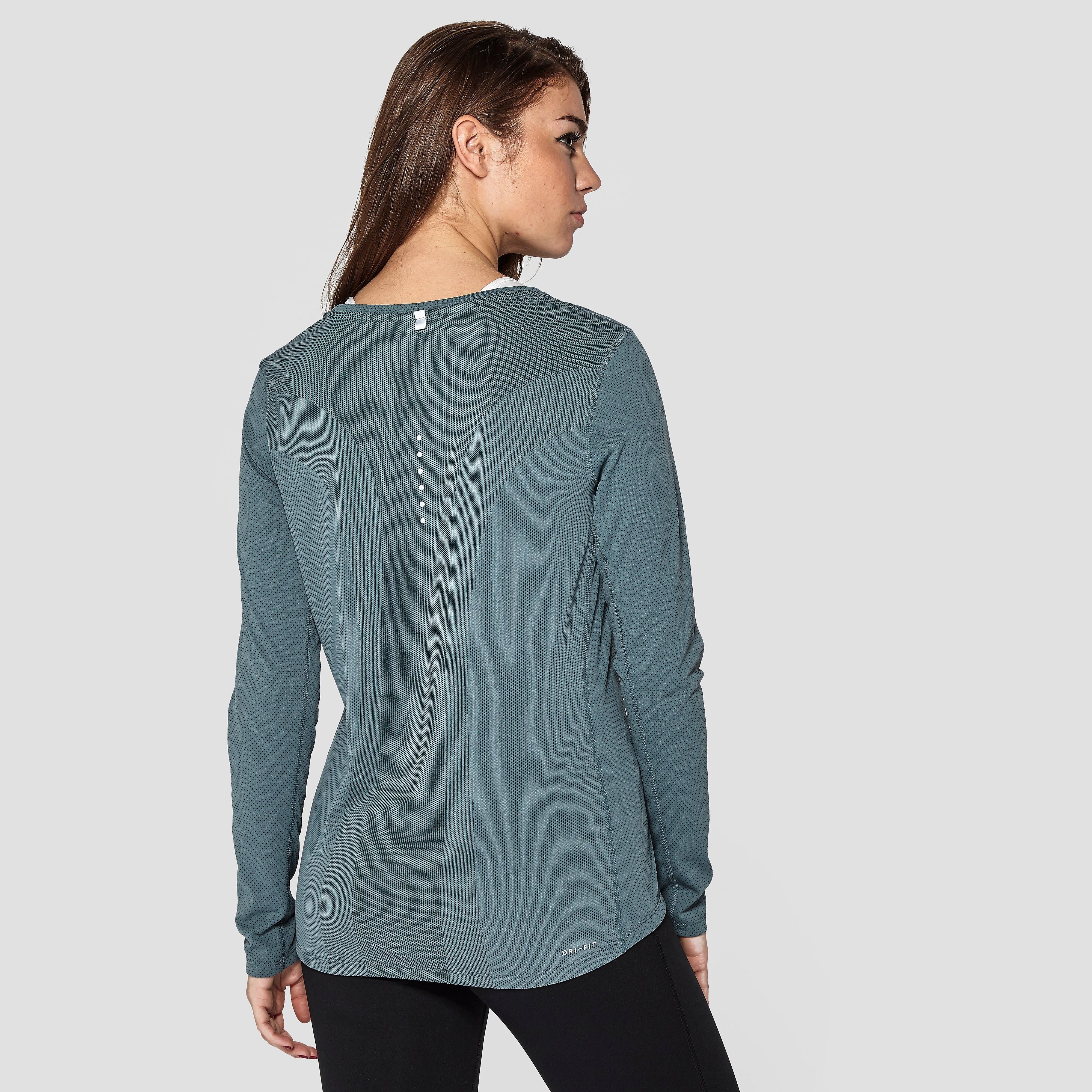 Nike Women's Dri-FIT Contour Long-Sleeve Running T-Shirt