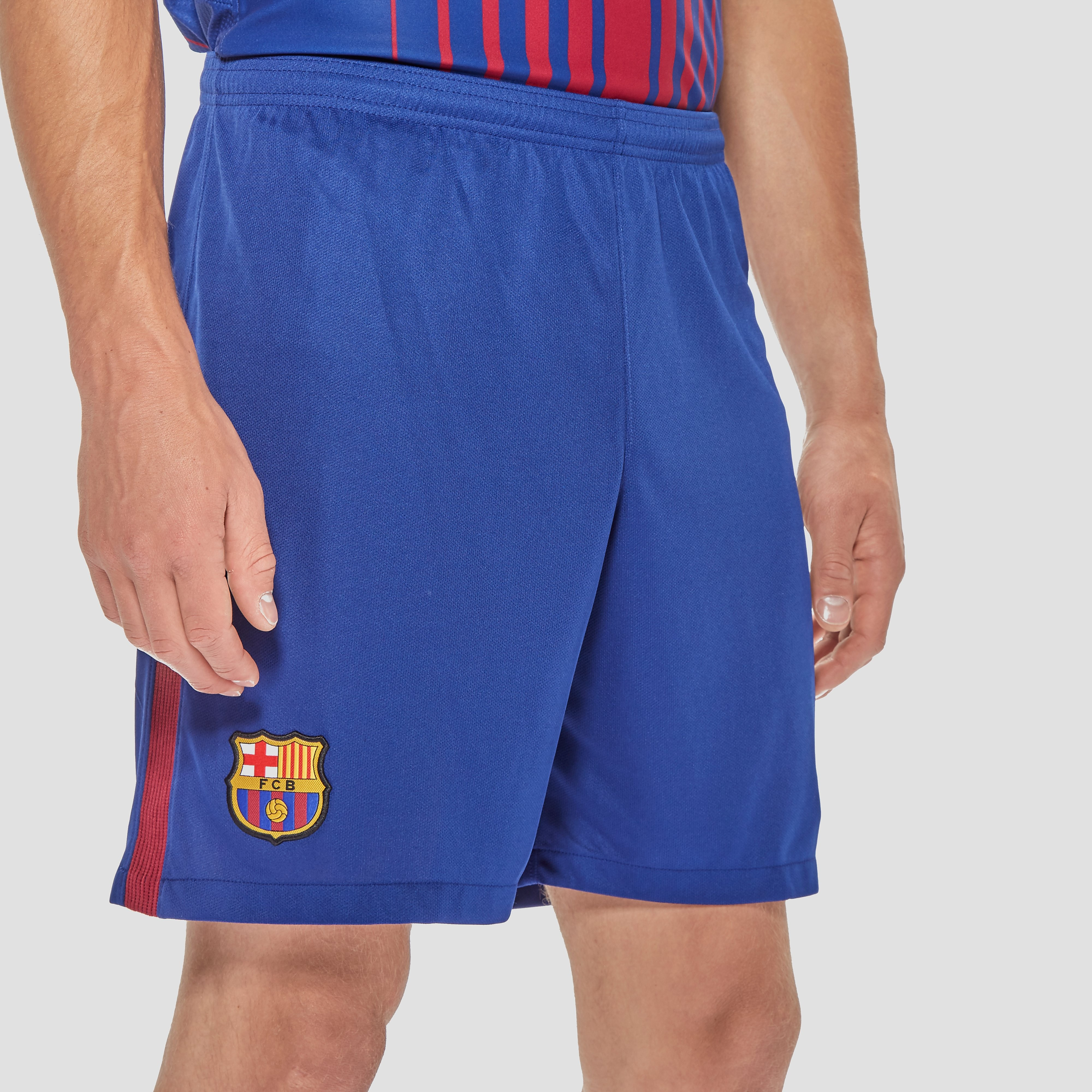 Nike Barcelona 2017/18 Men's Home Shorts