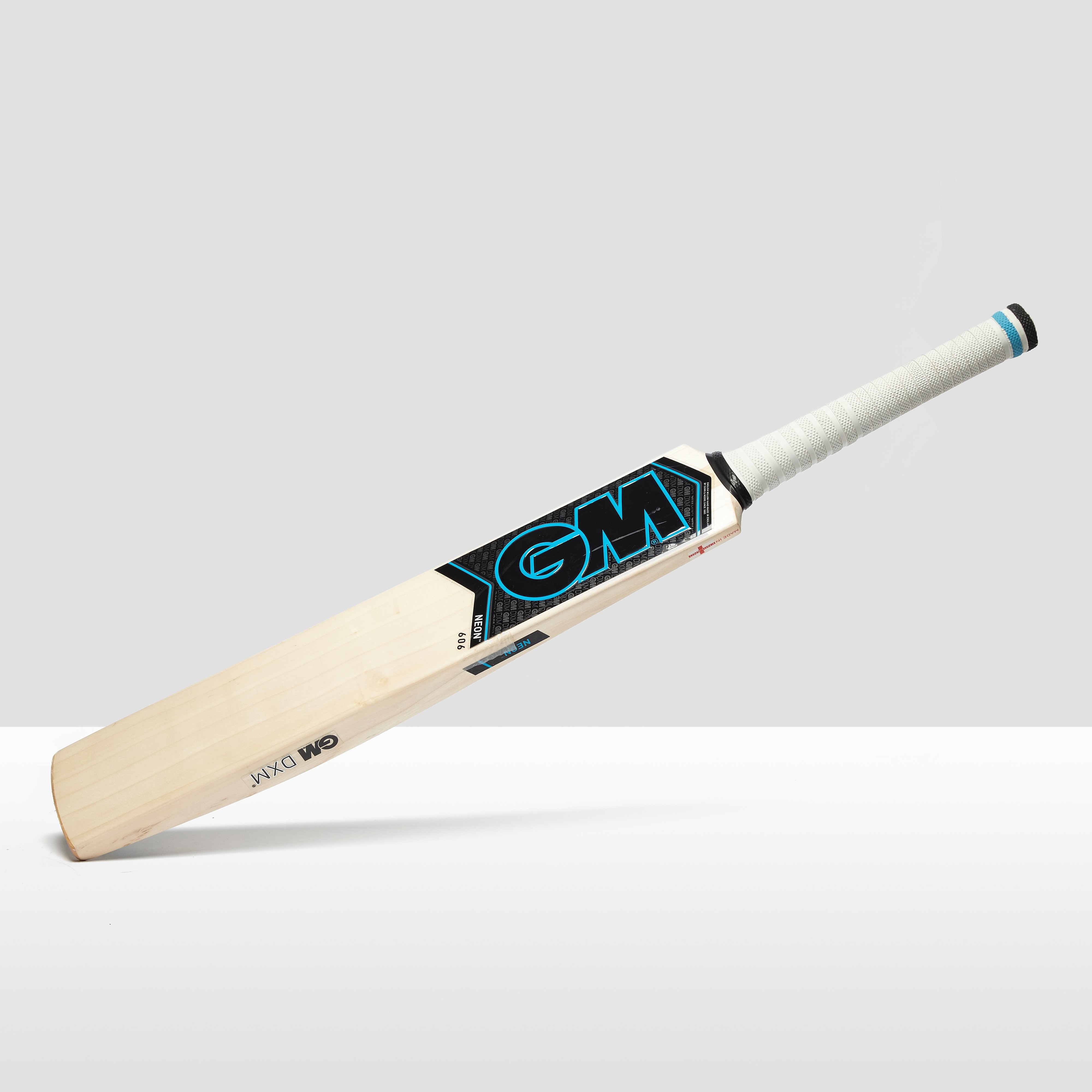 Gunn & Moore Neon 606 Junior Cricket Bat