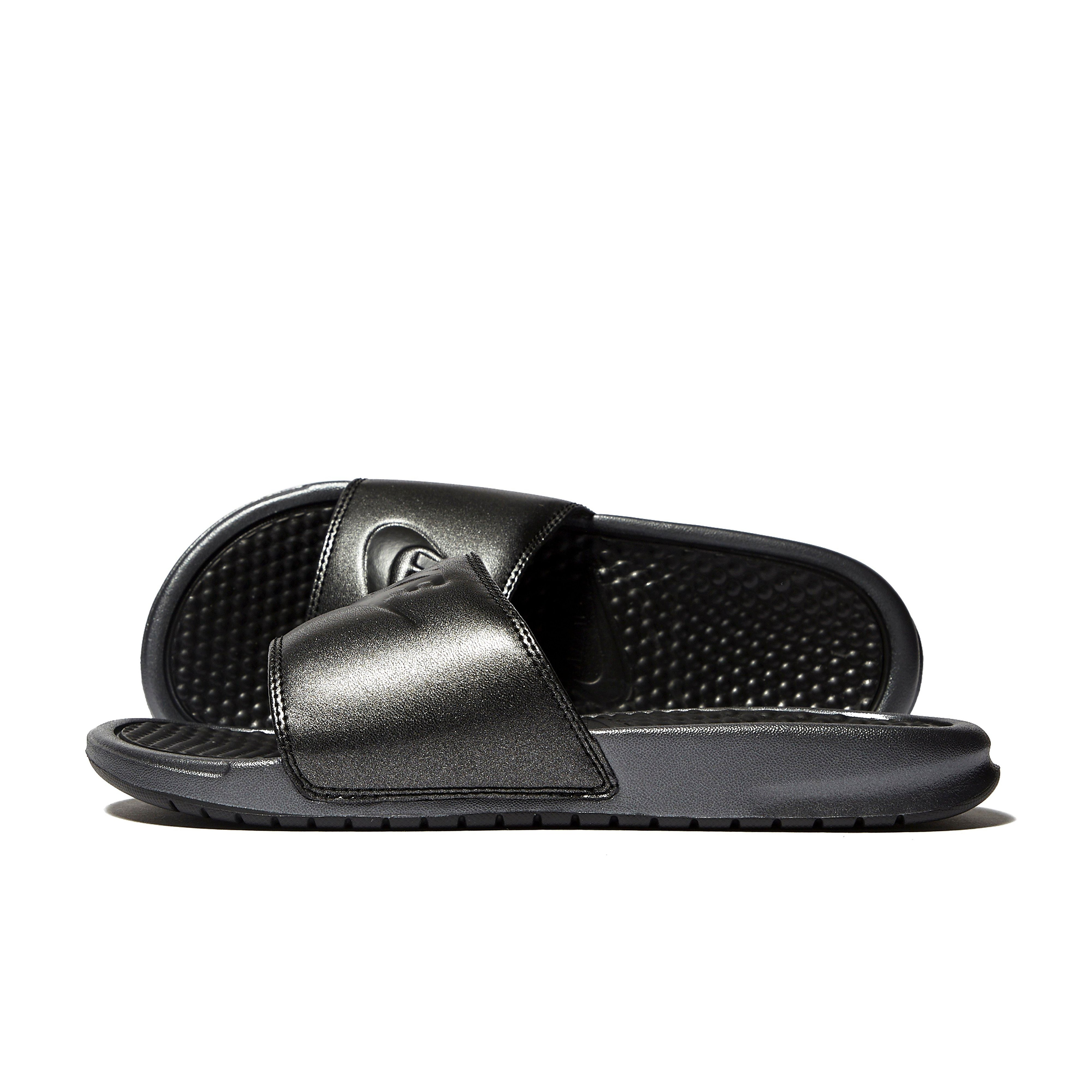 Nike Benassi QS Women's Slide Sandals