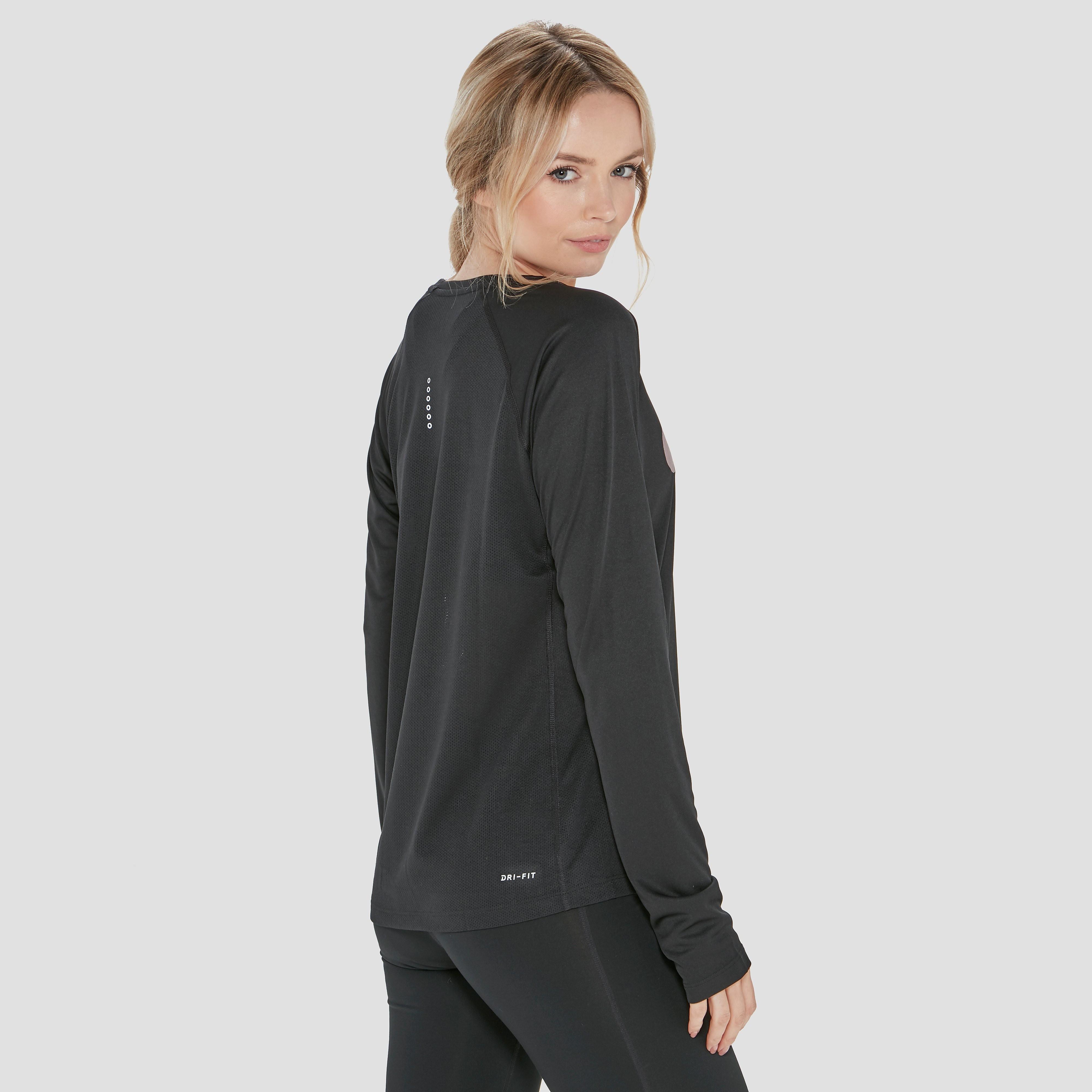 Nike Swoosh Long Sleeved Women's Top