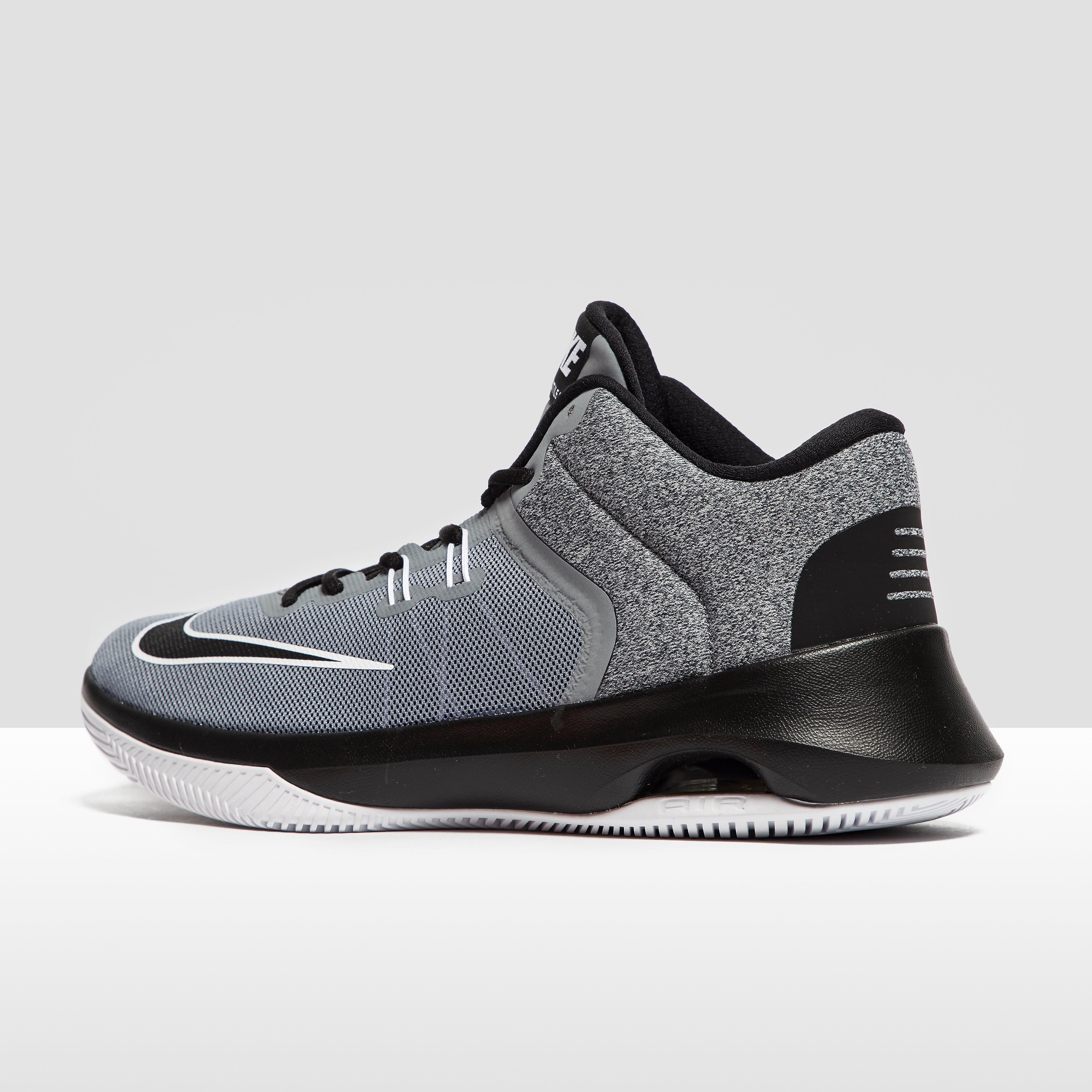 Nike Men's Nike Air Versitile II Basketball Shoes