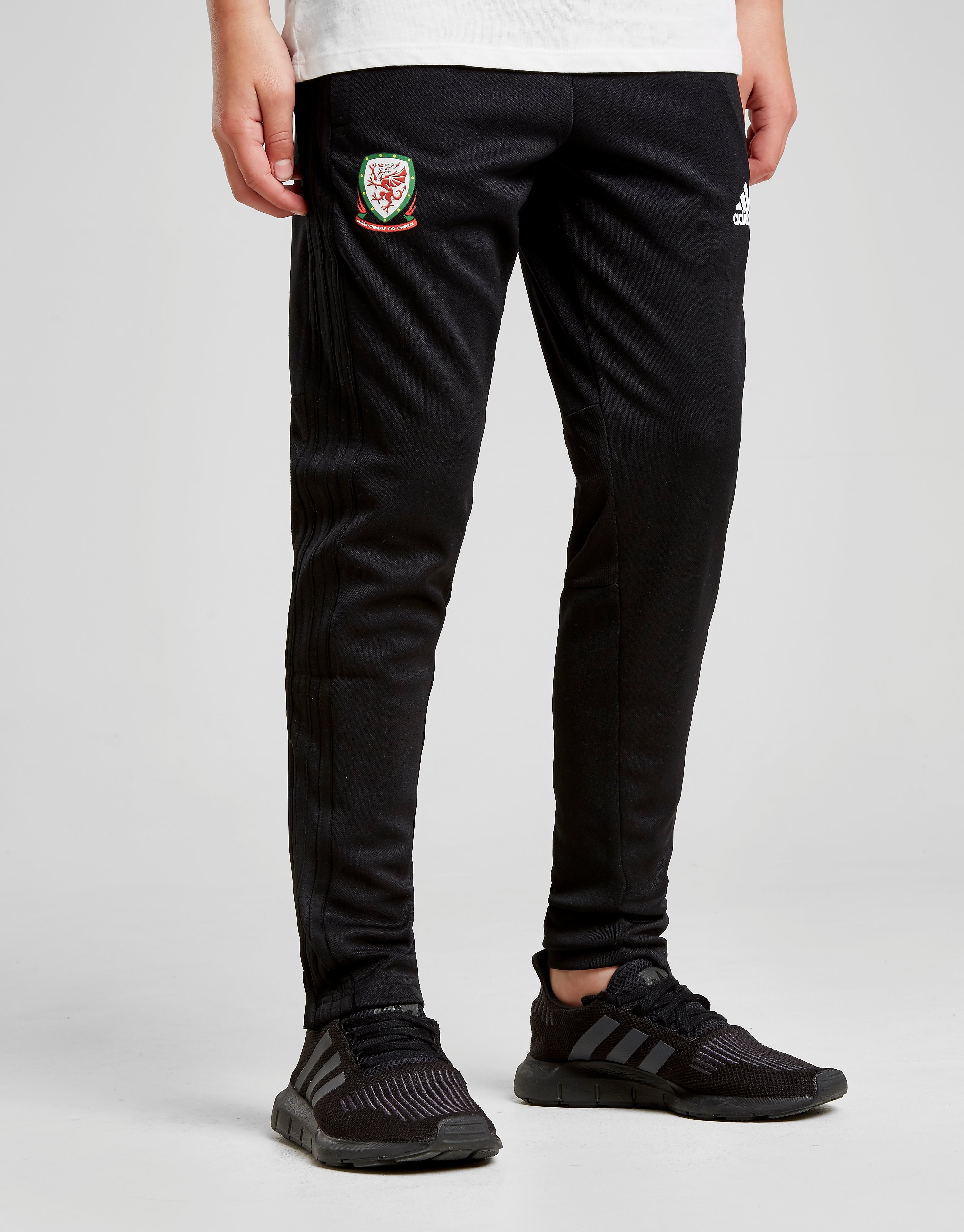 adidas FA Wales 2018 Training Pants Junior