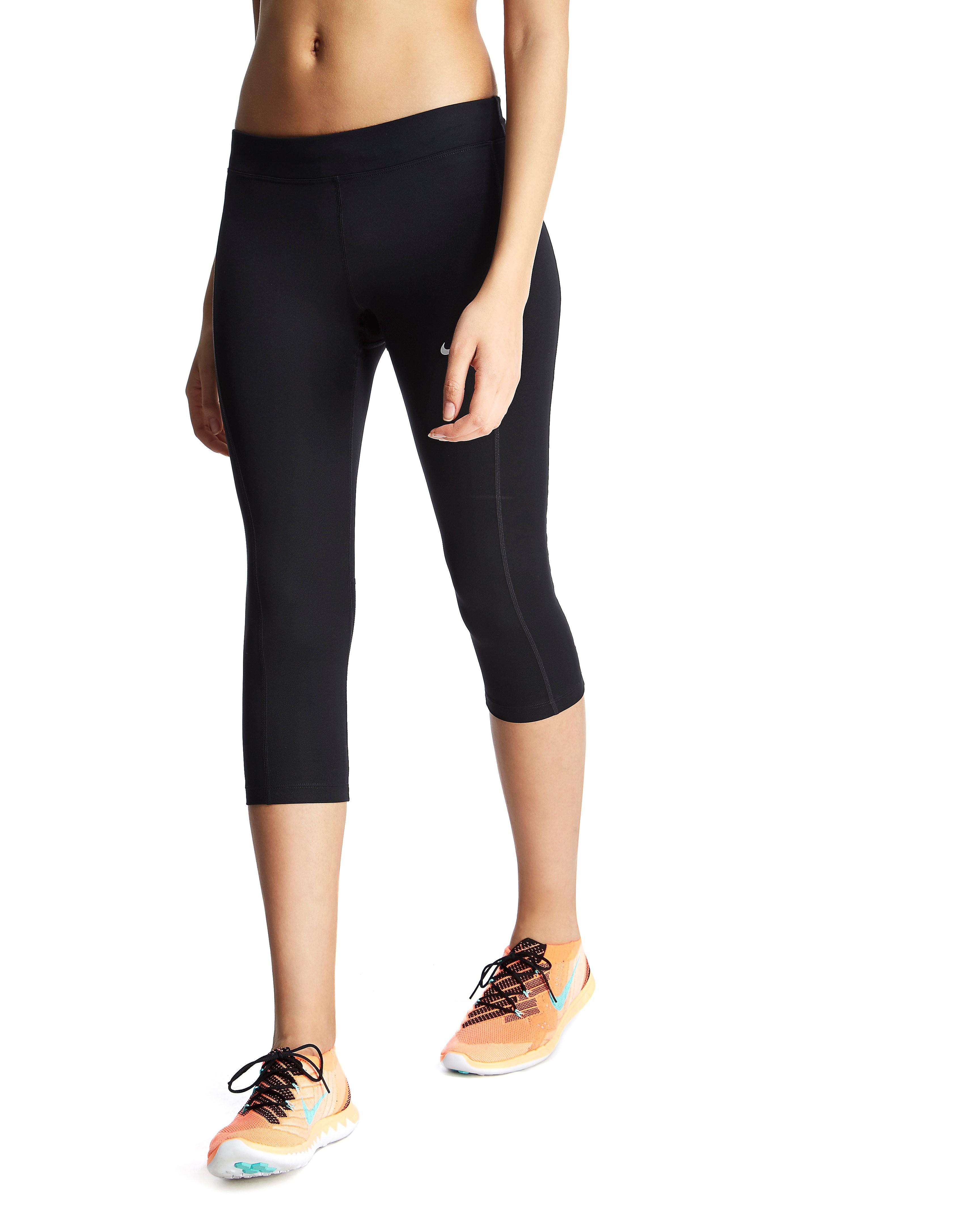 Nike Dri-Fit Essentials Capri Pants