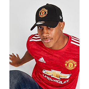 a33aba0f3a470 New Era 9FORTY Manchester United Adjustable Cap ...