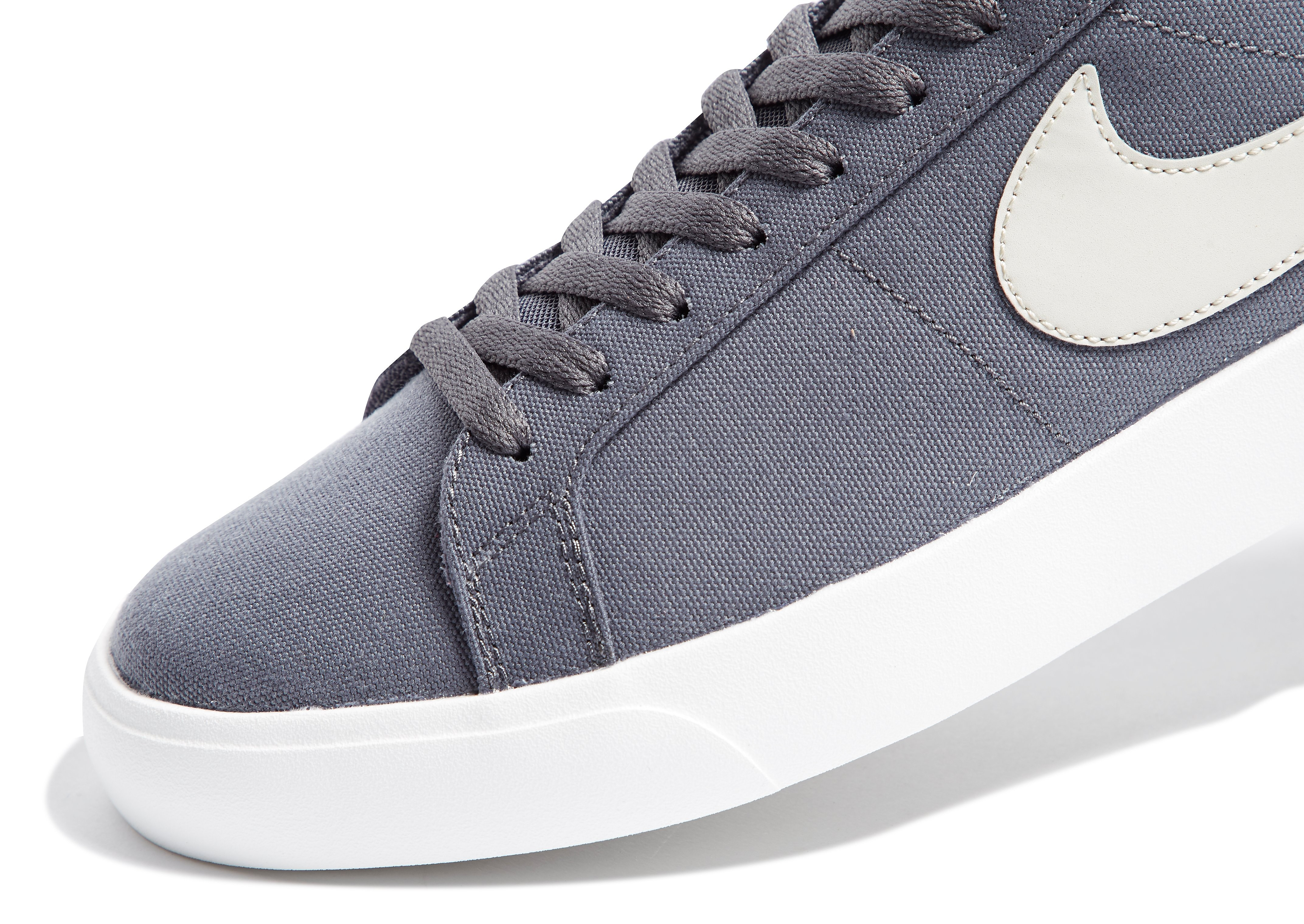Nike SB Blazer Vapor Grau
