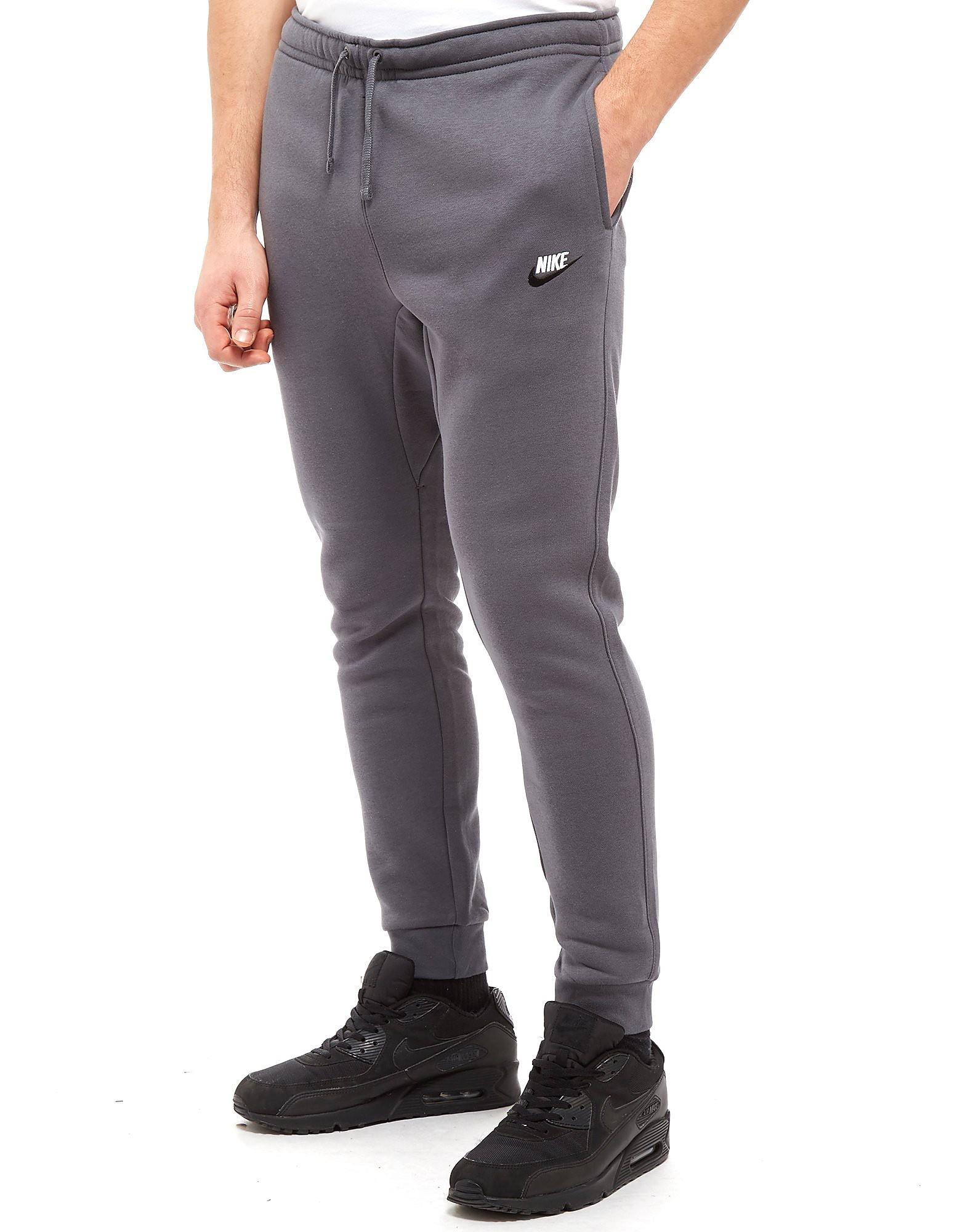 Nike pantalón de chándal Foundation Fleece