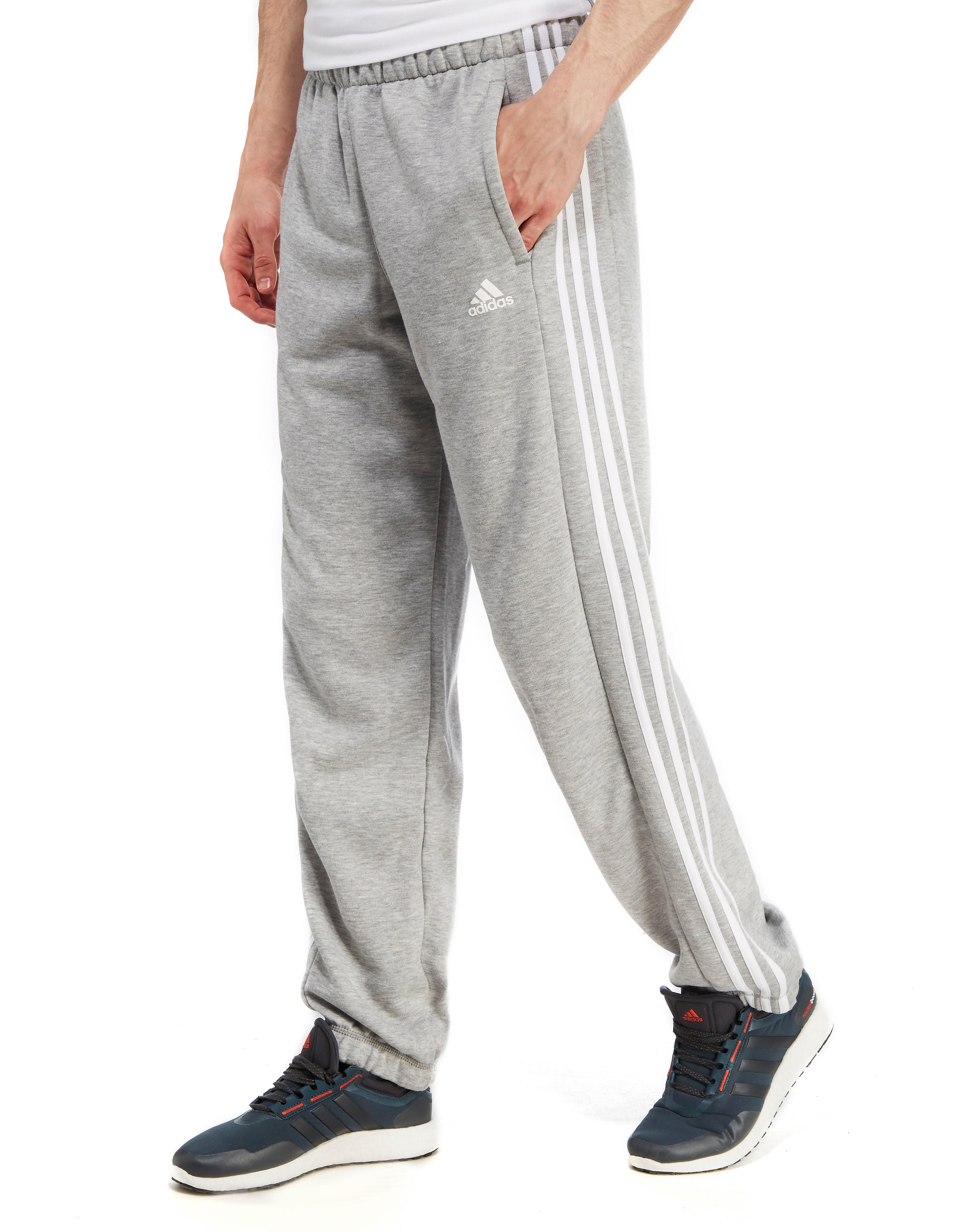 Image of   adidas 3 Stripe Essentials-fleecebukser - Only at JD