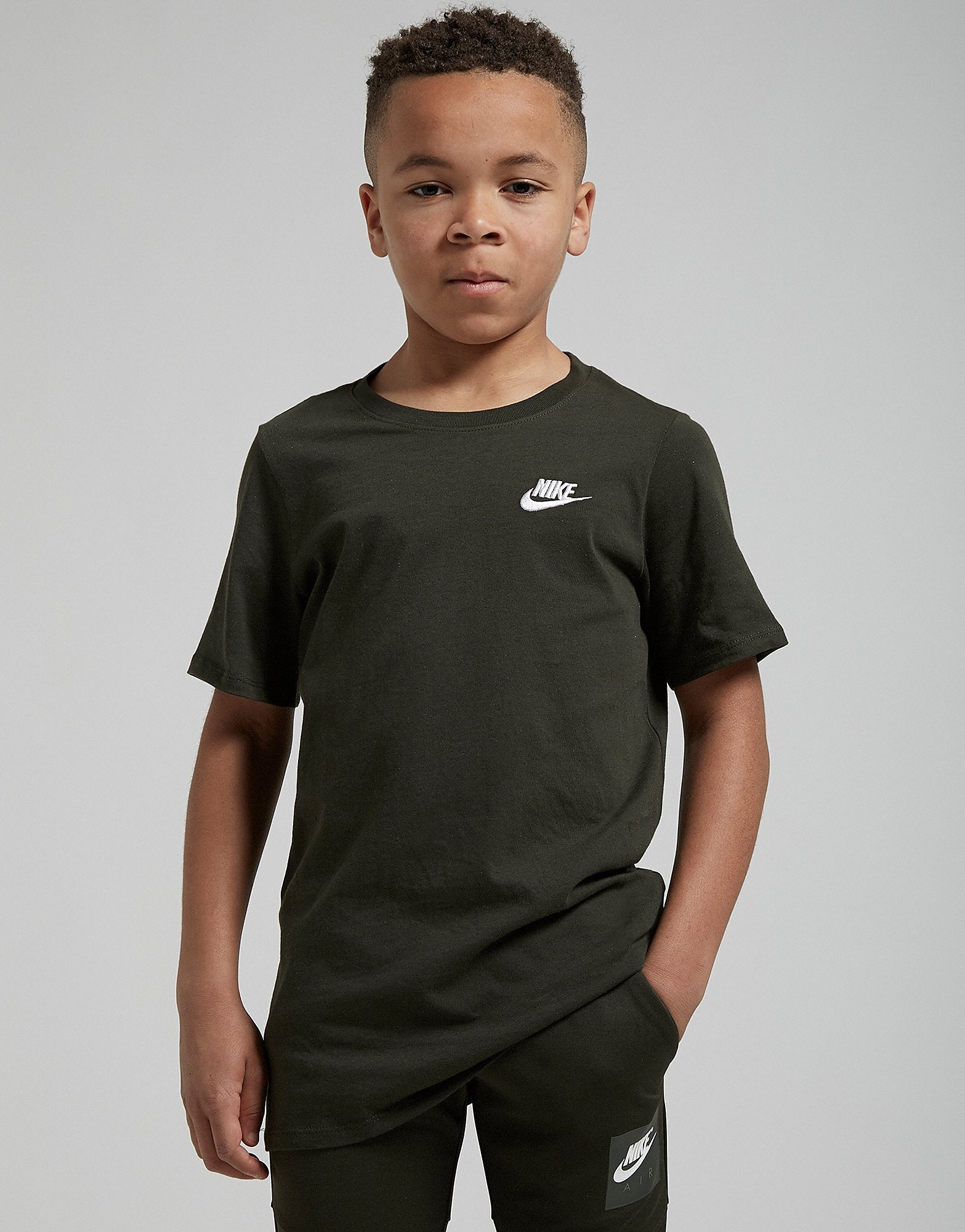 Nike Small Logo T-Shirt Junior - Sequoia/White - Kind