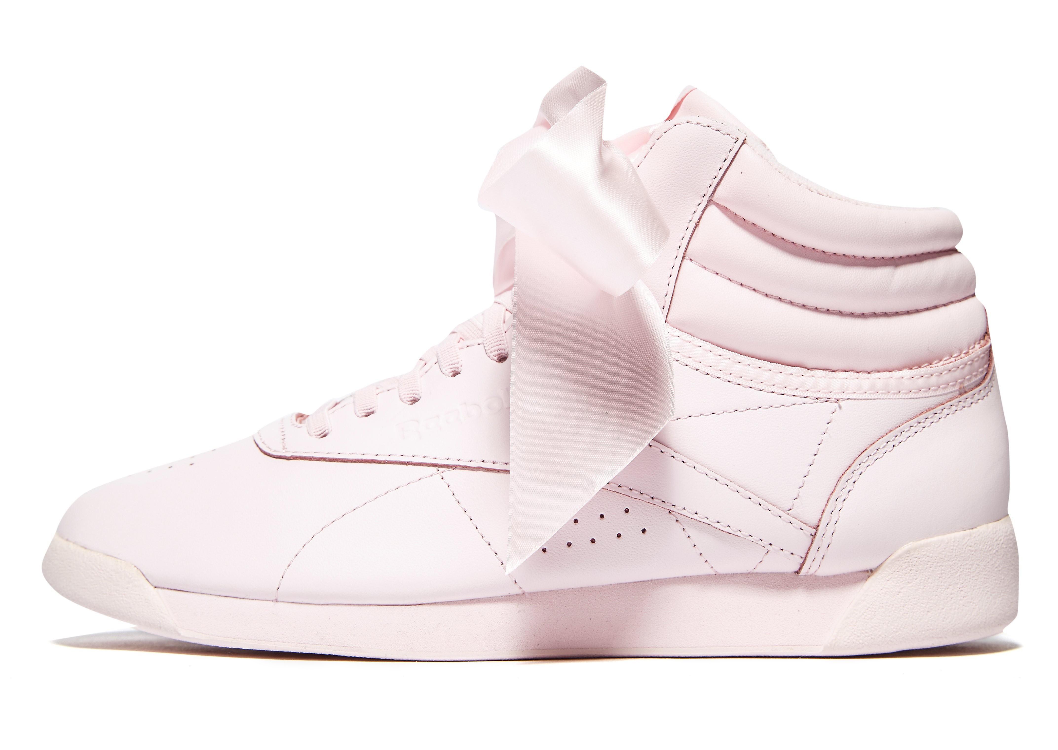 Reebok Freestyle Hi Satin Bow, Zapatillas Altas para Niñas, Blanco (White/Skull Grey), 32.5 EU