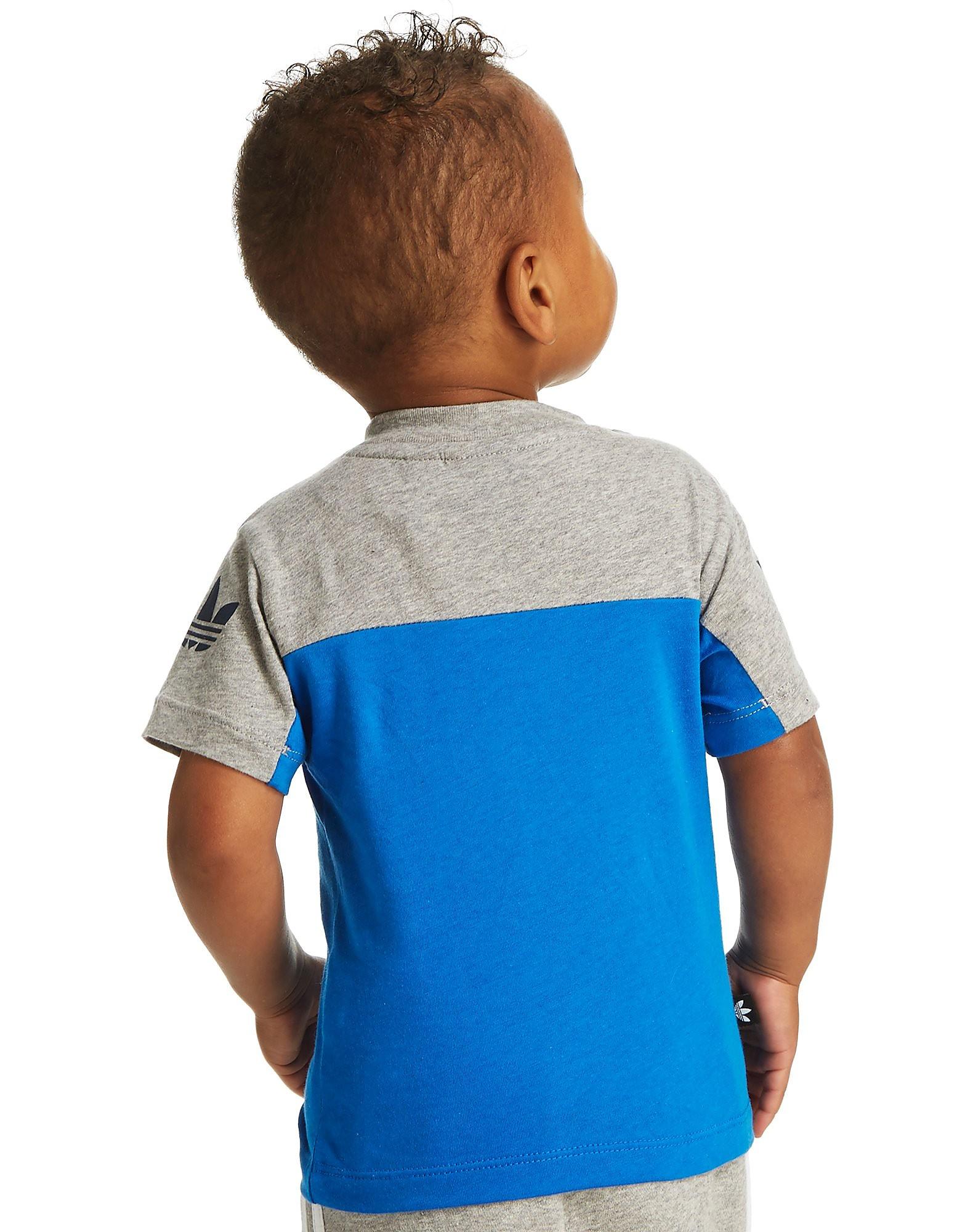 adidas Originals T-shirt med kløver og farveblok – små børn