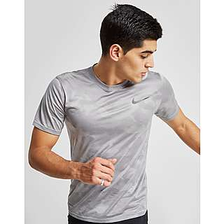 c5ae6789 Base Layers, Compression Tops & Shorts   Men's Performance   JD Sports