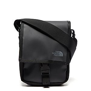 e933d72b60 The North Face Bardu Messenger Bag The North Face Bardu Messenger Bag