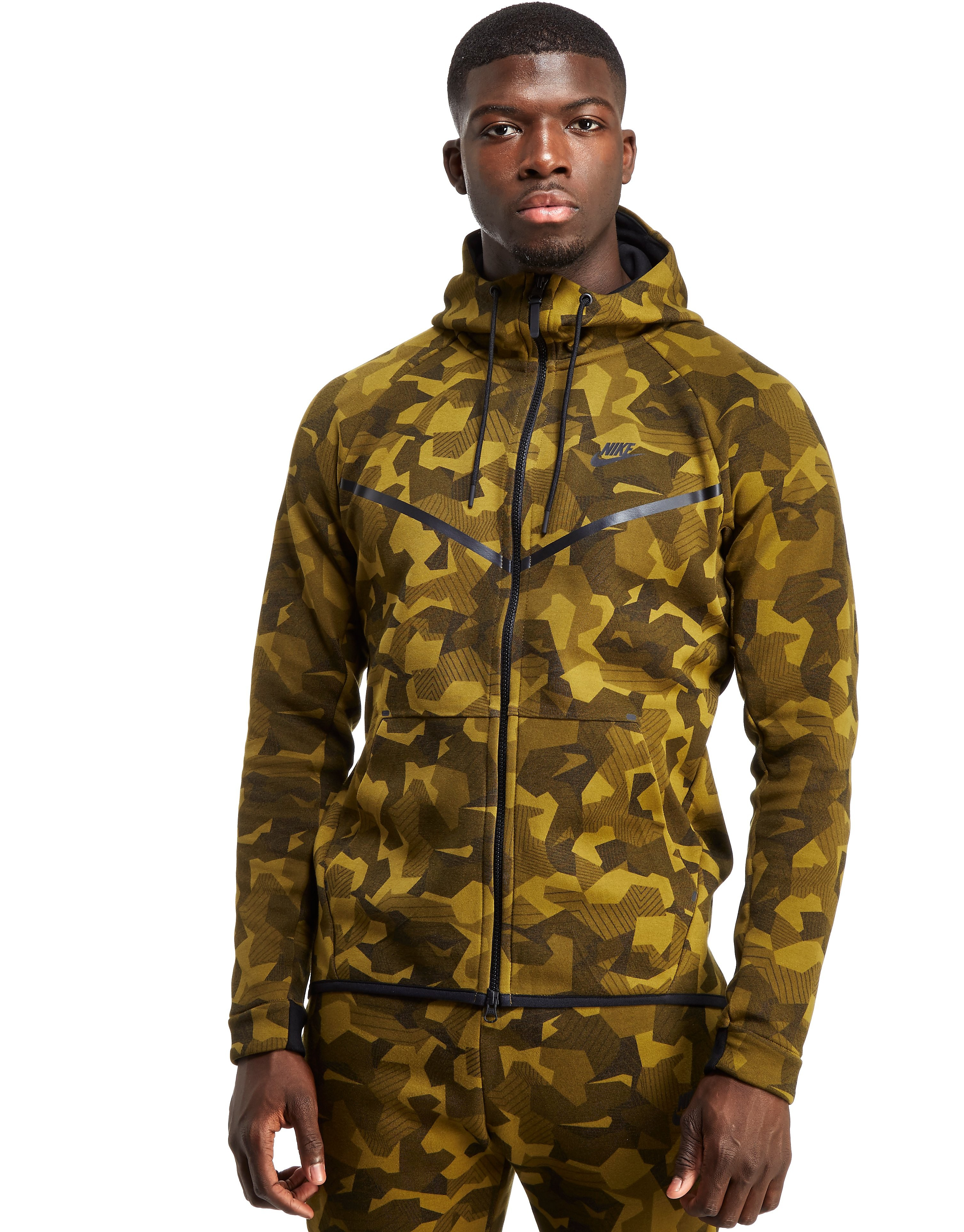 Nike Sudadera Tech Camo Fleece Windrunner con capucha