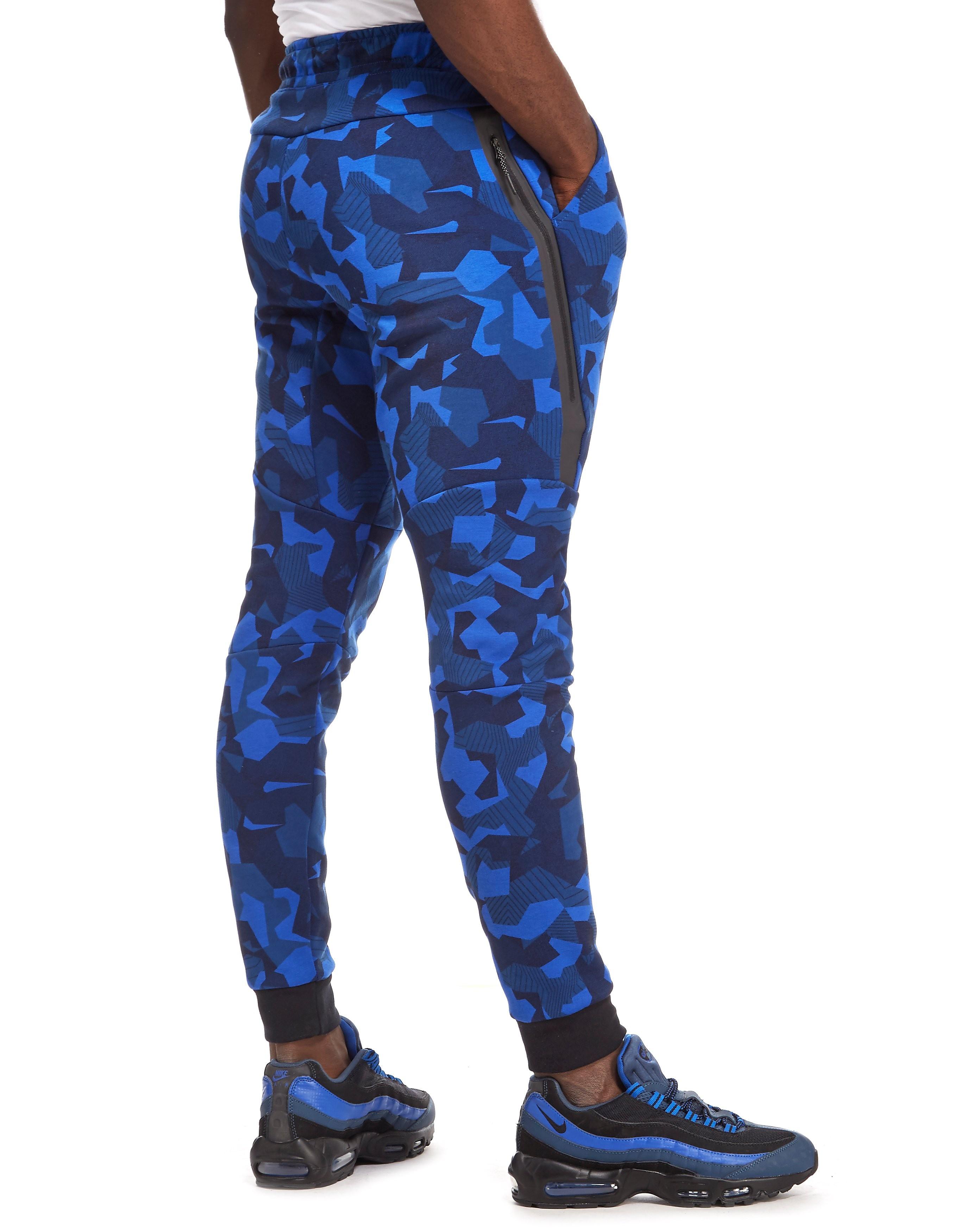 Nike Tech Fleece Camouflage Pants