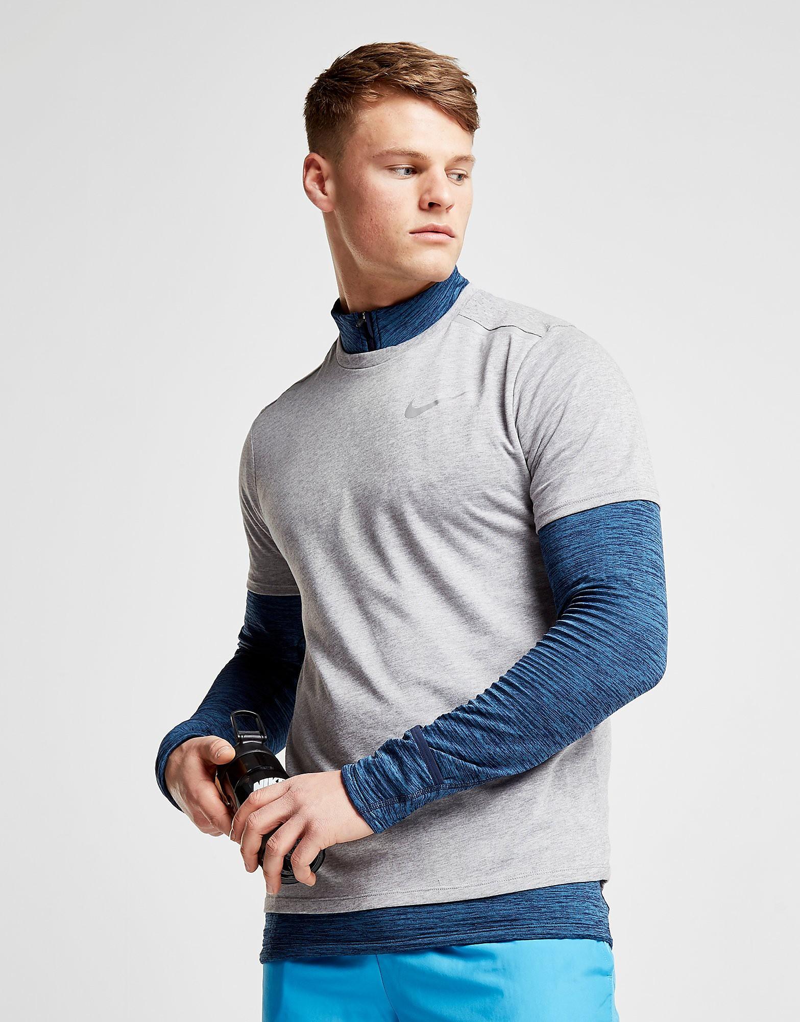 Nike Breathe Rise Short Sleeve T-Shirt