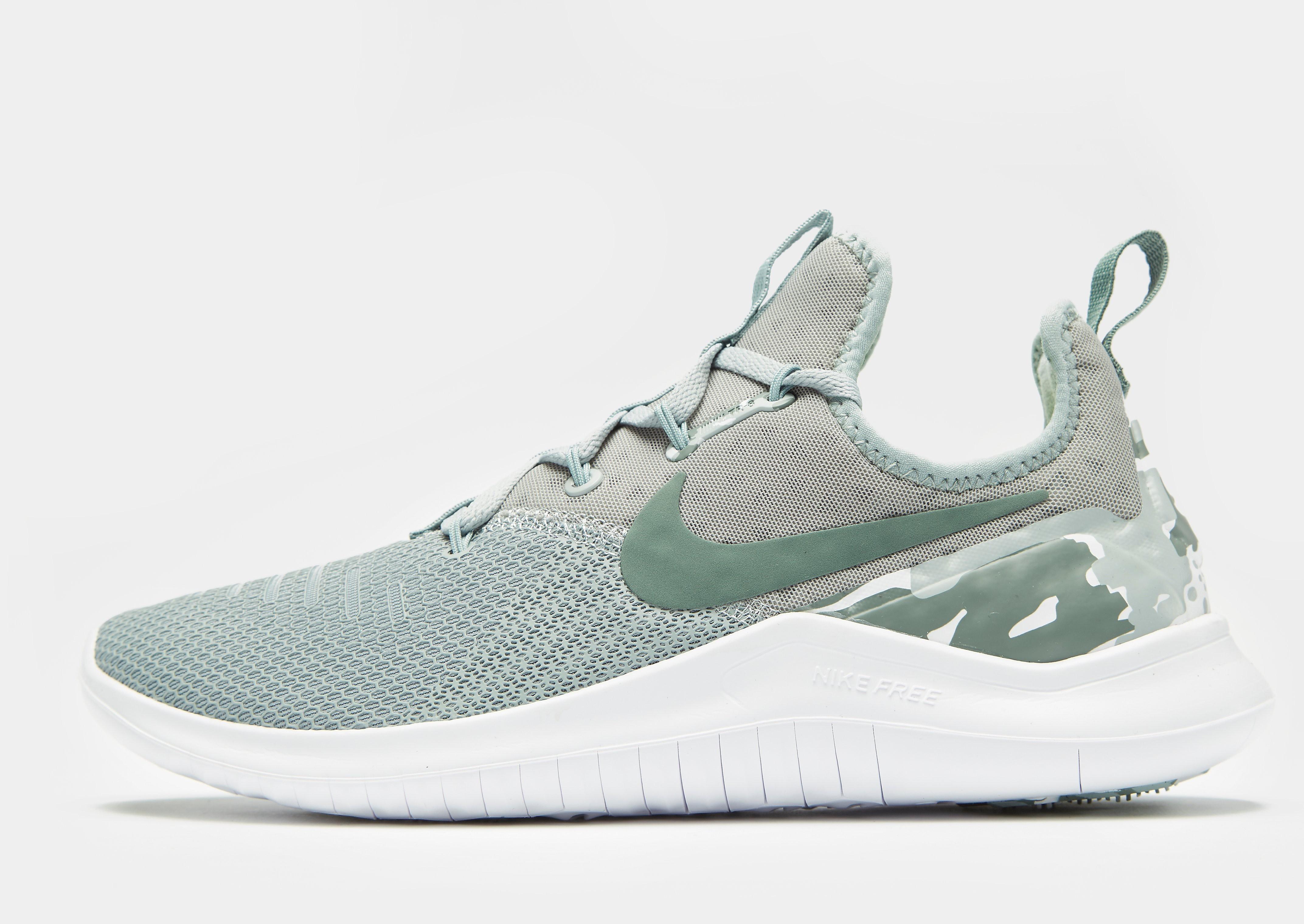 Nike Free TR 8 Print Dames