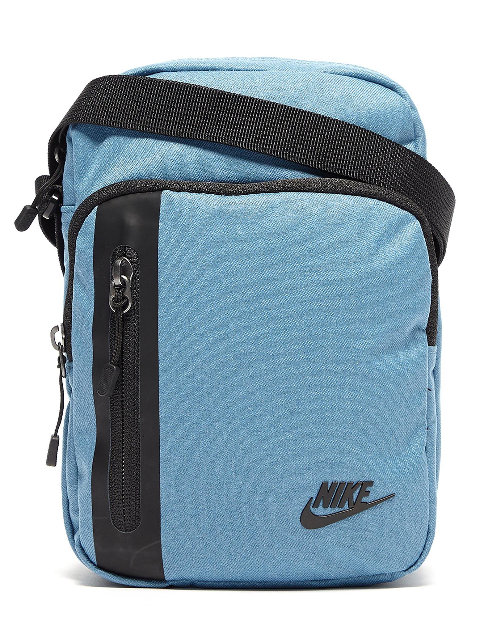 Nike mochila Core Small 3.0