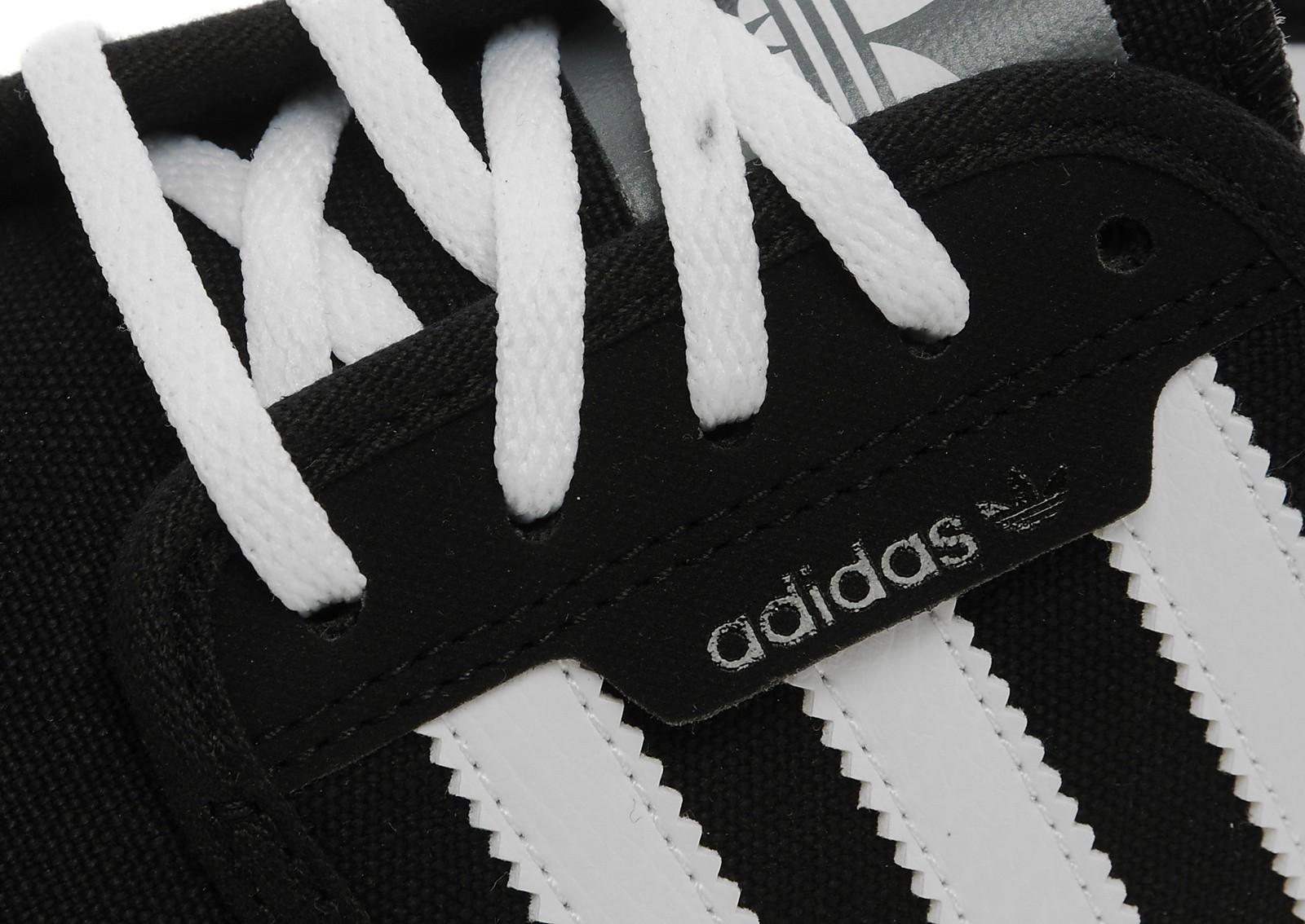 adidas Originals Seeley Junior
