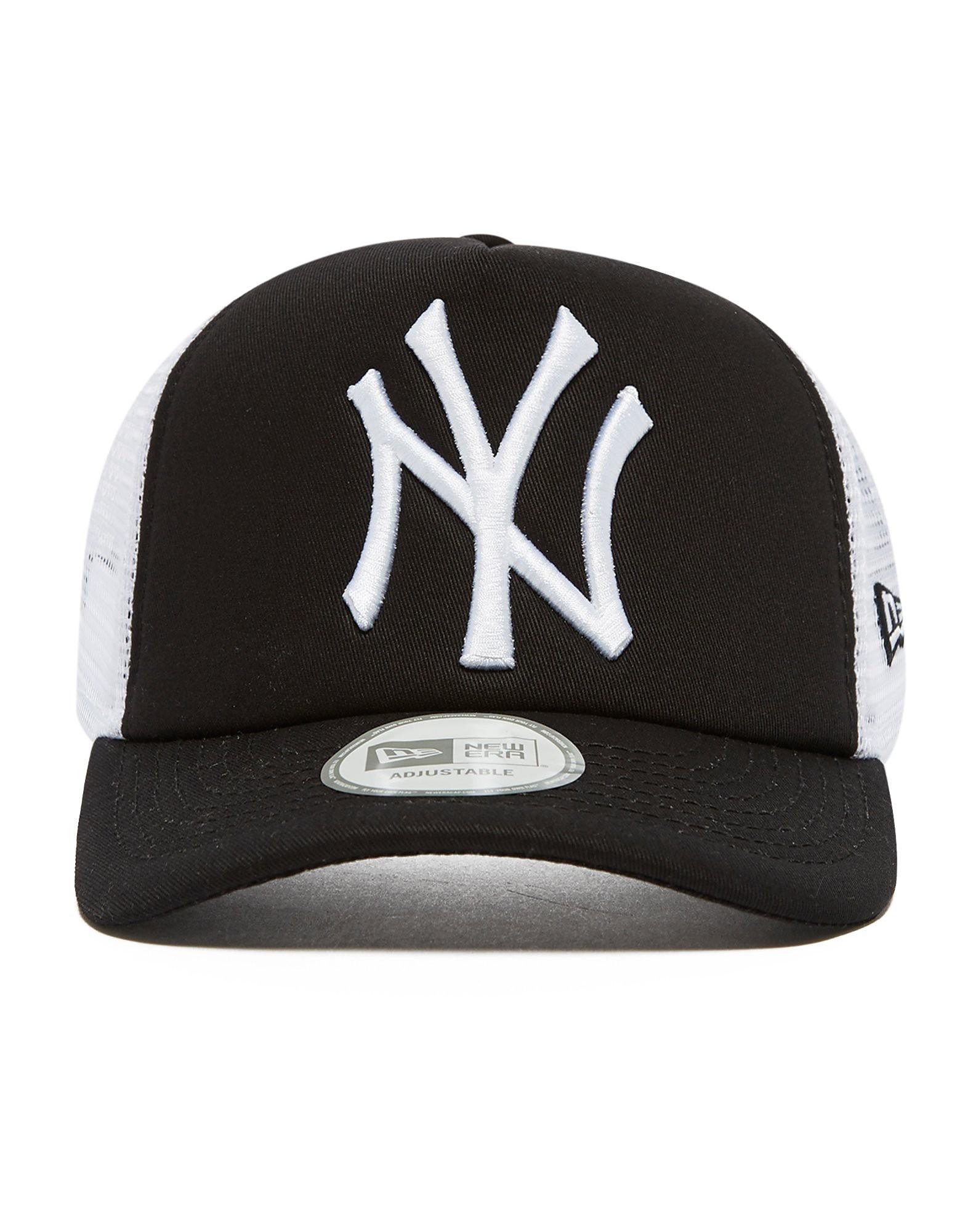 New Era MLB New York Yankees Snapback Trucker Cap
