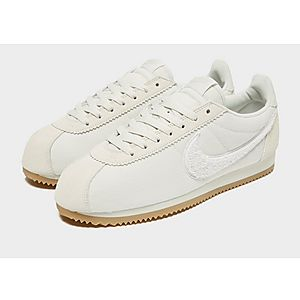 junior nike cortez trainers