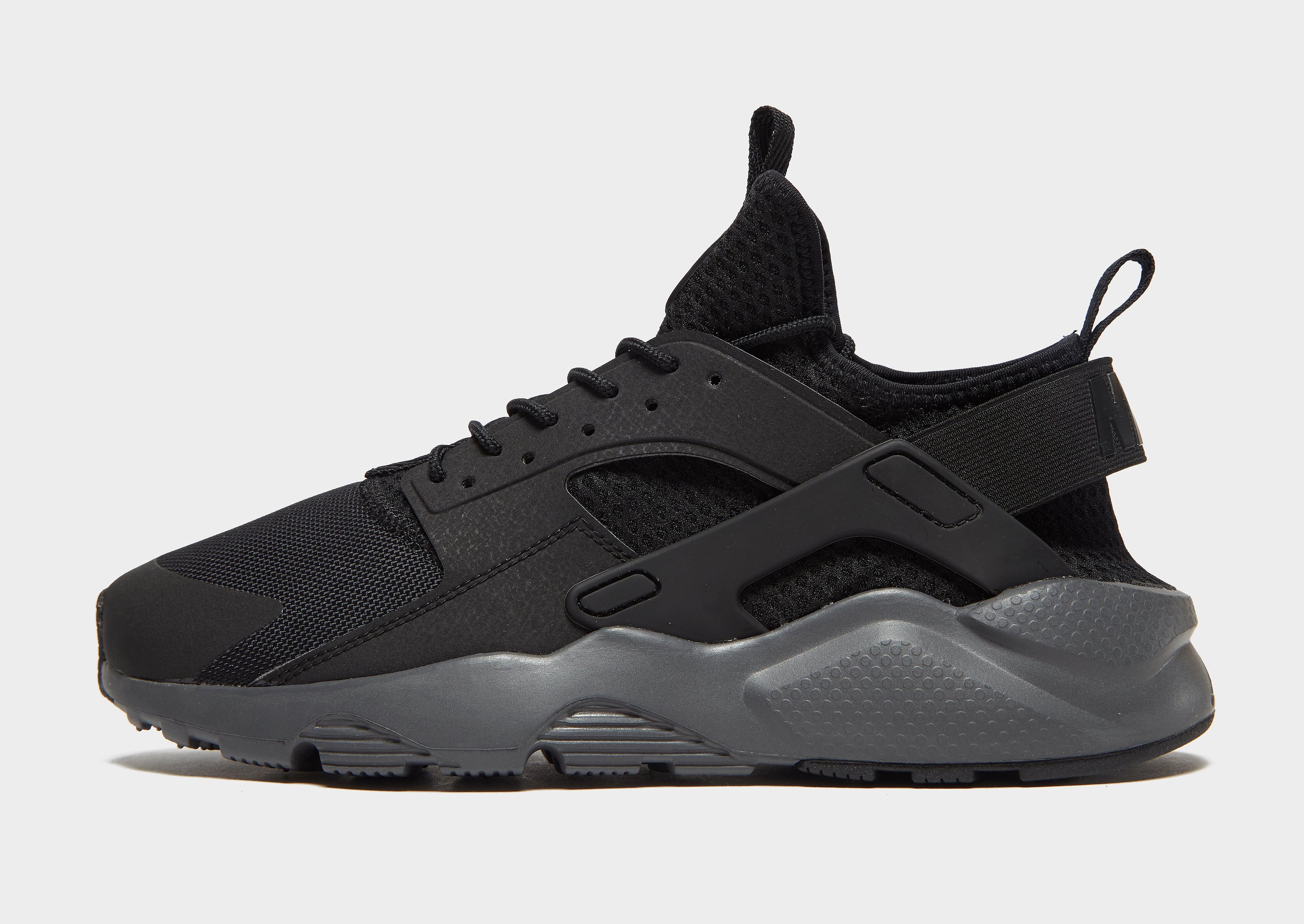 5dcb7401f34 Nike schoenen