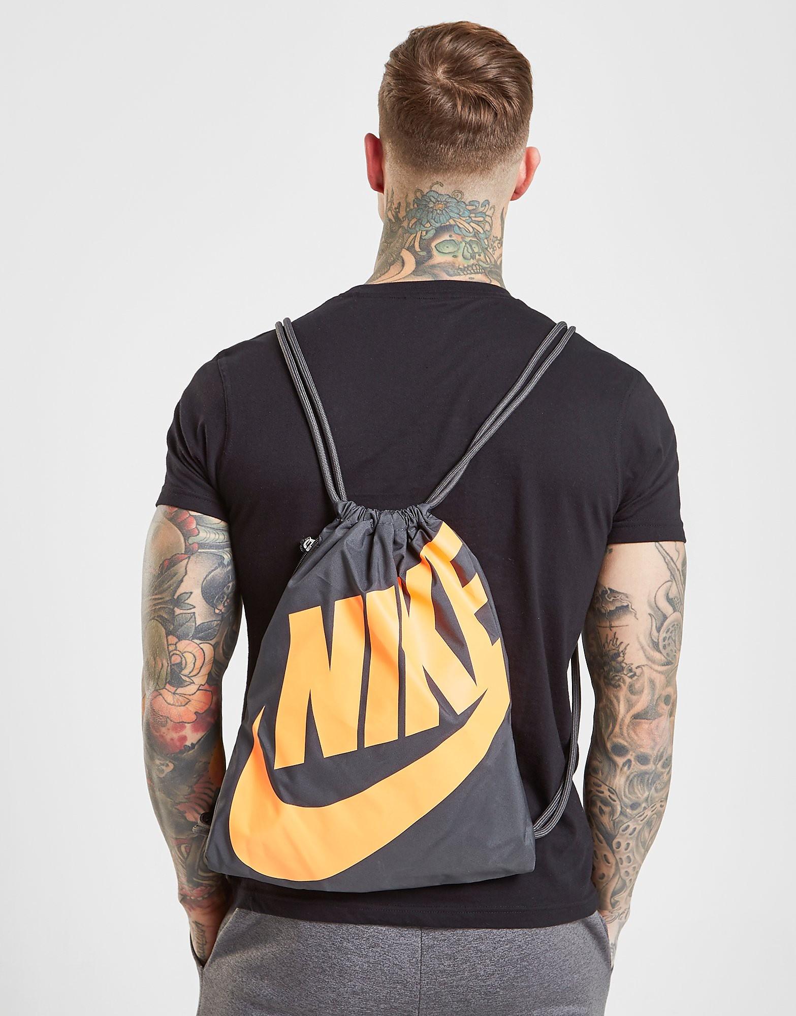 Nike sporttas oranje en zwart