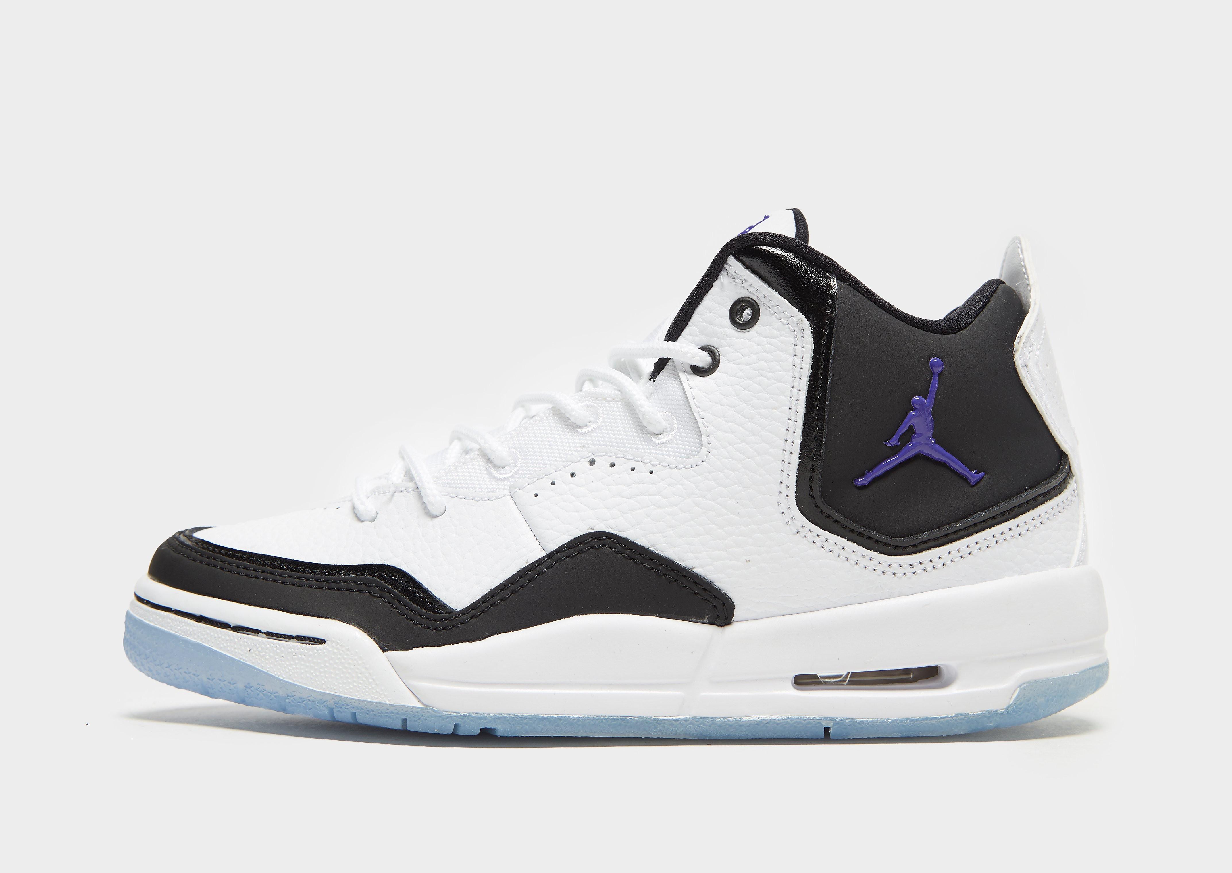 Jordan kindersneaker wit, zwart en paars