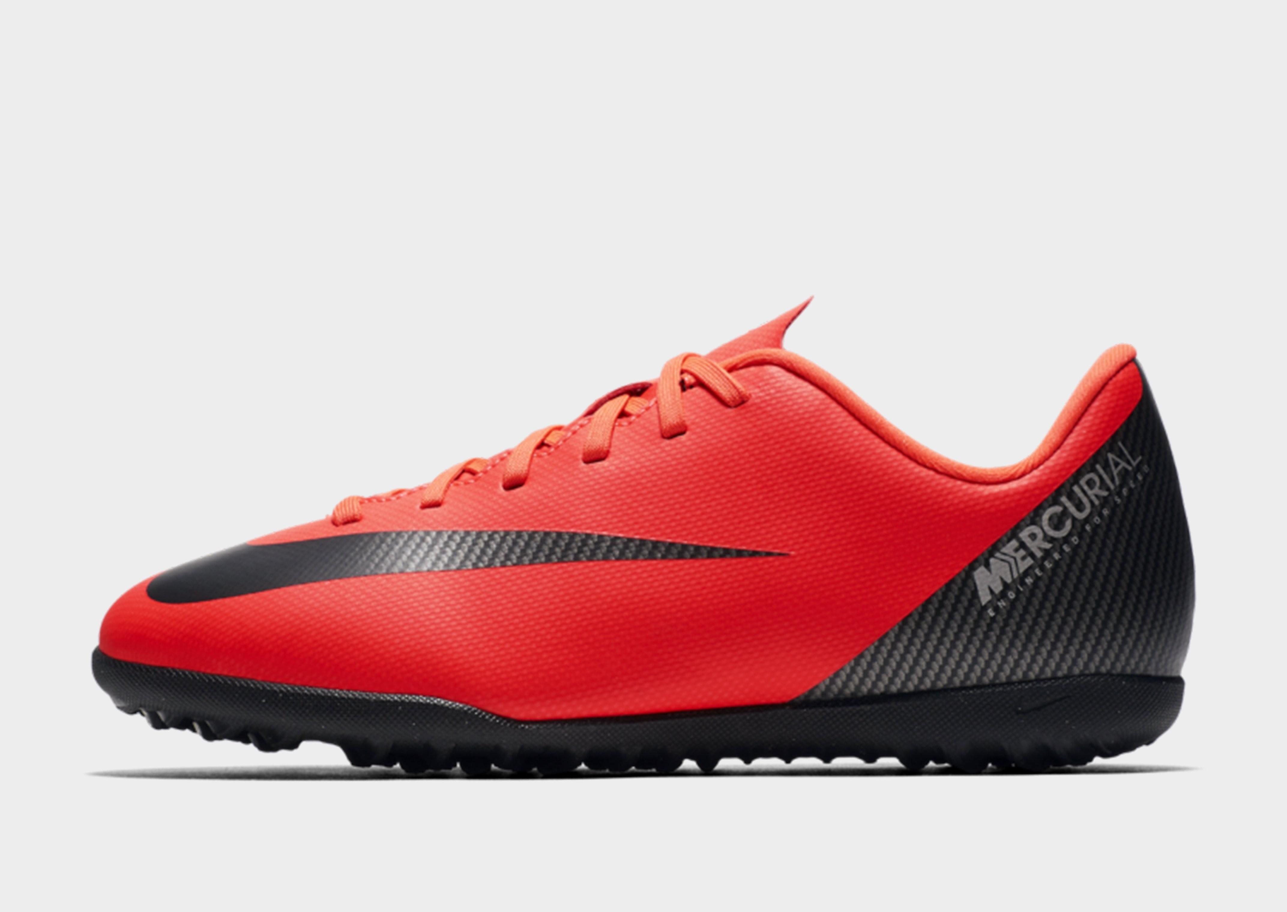 low priced 2dc28 d59d2 Bild på Nike CR7 Chapter 7 Mercurial Club TF Junior, Röd
