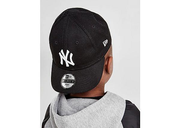 aa698e7d1ec New Era MLB New York Yankees 9FORTY Cap Infant - Black - Kids ...