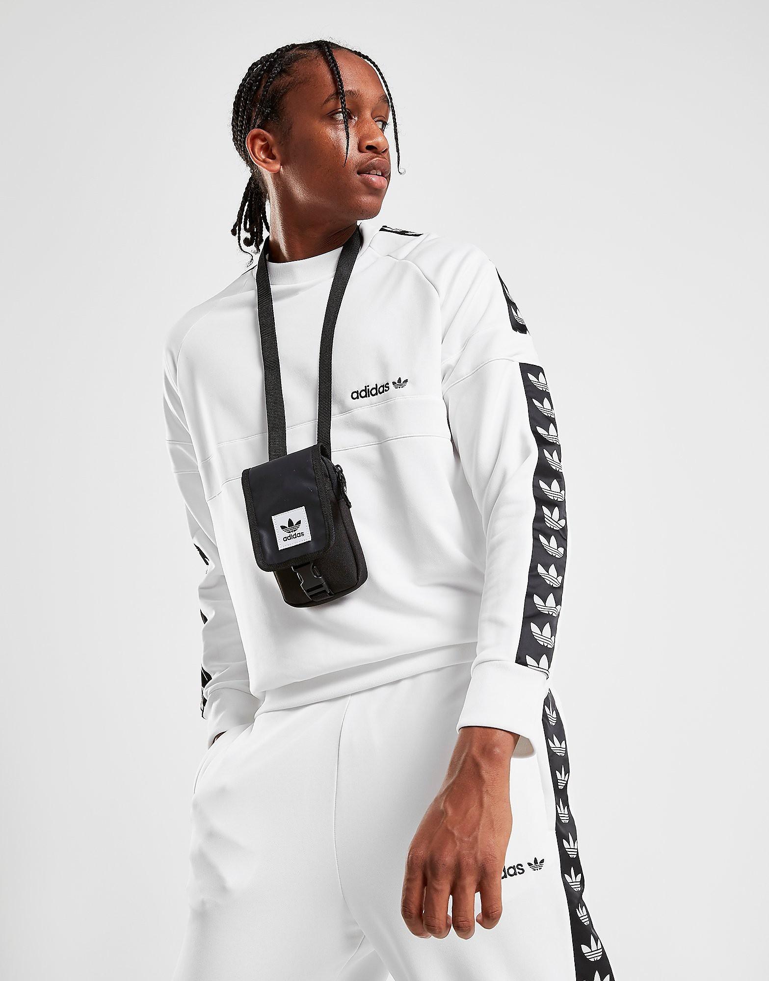 Adidas Versatile rugzak zwart en wit