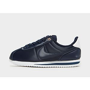 new product 3c69e 6d70e Nike Cortez Junior ...
