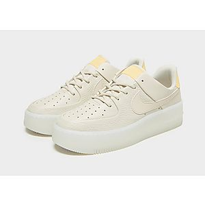 best service 08fe3 49a67 ... Nike Air Force 1 Sage Low Womens