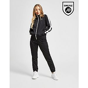 7c8656c6d Up to 50% Off Women's Clothing, Footwear & Accessories | JD Sports Summer  Sale