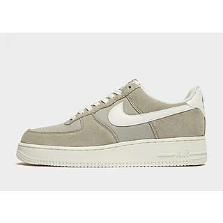 separation shoes 09944 c56c3 Nike Air Force 1 Low