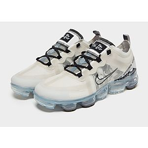 detailed look 4fc73 665b4 Nike Air VaporMax 2019 Women s Nike Air VaporMax 2019 Women s