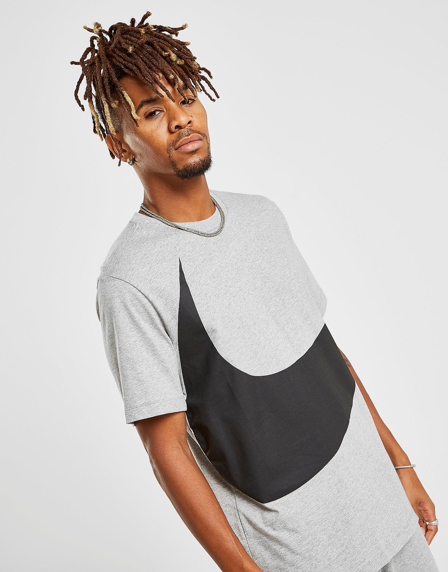 Nike Swoosh T-Shirt