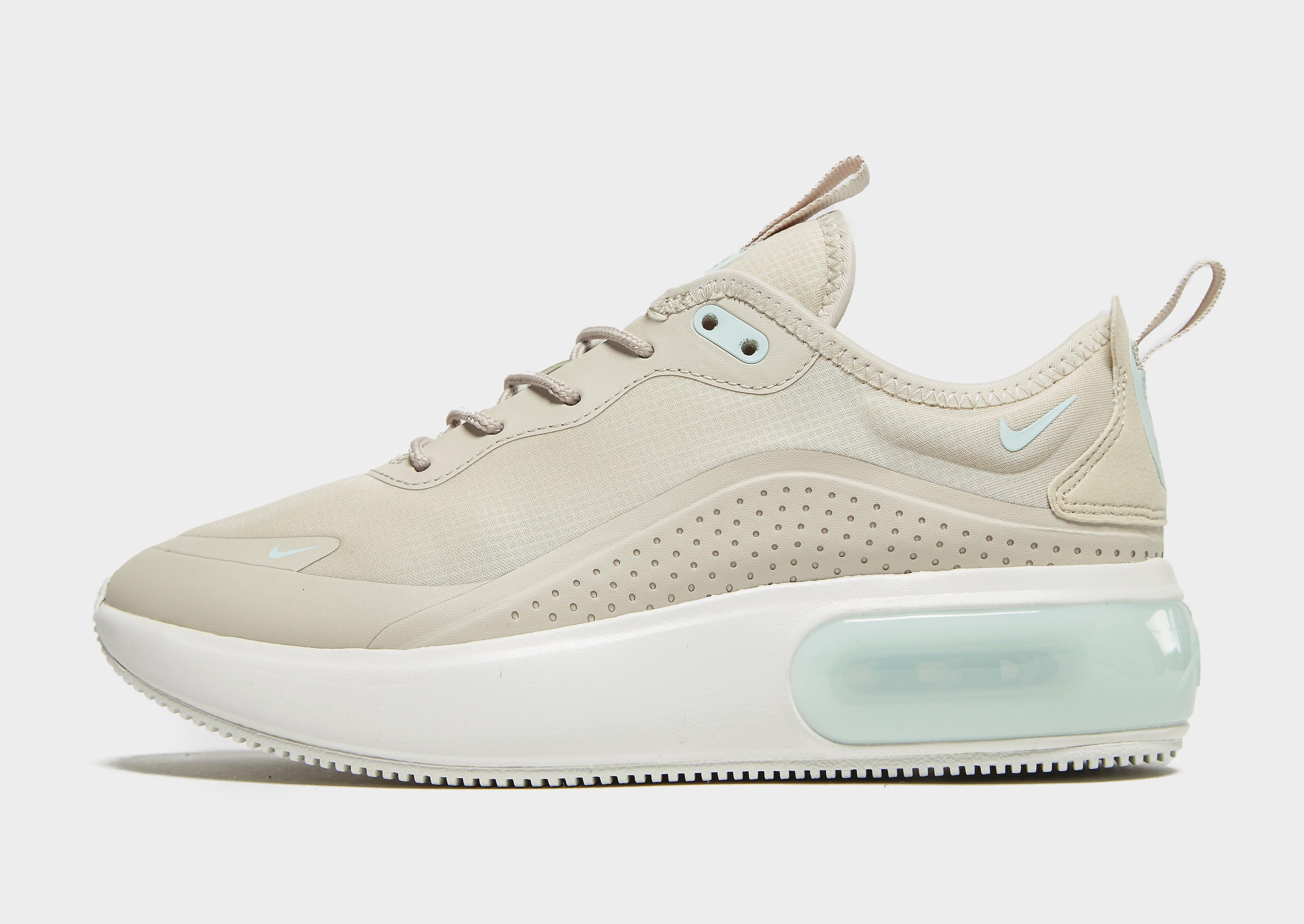 Nike Air Max Dia damessneaker beige