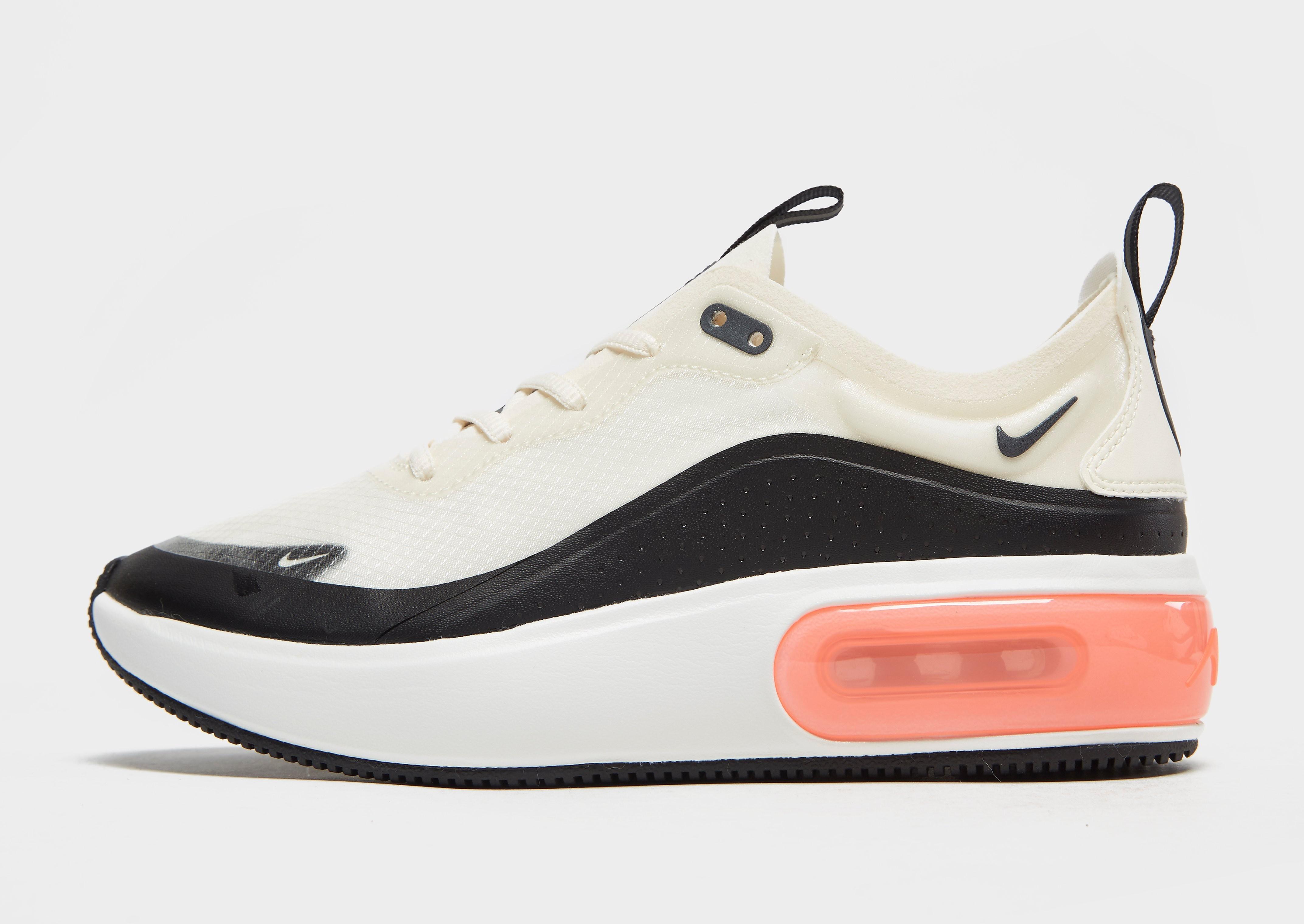 Nike Air Max Dia damessneaker zwart en wit