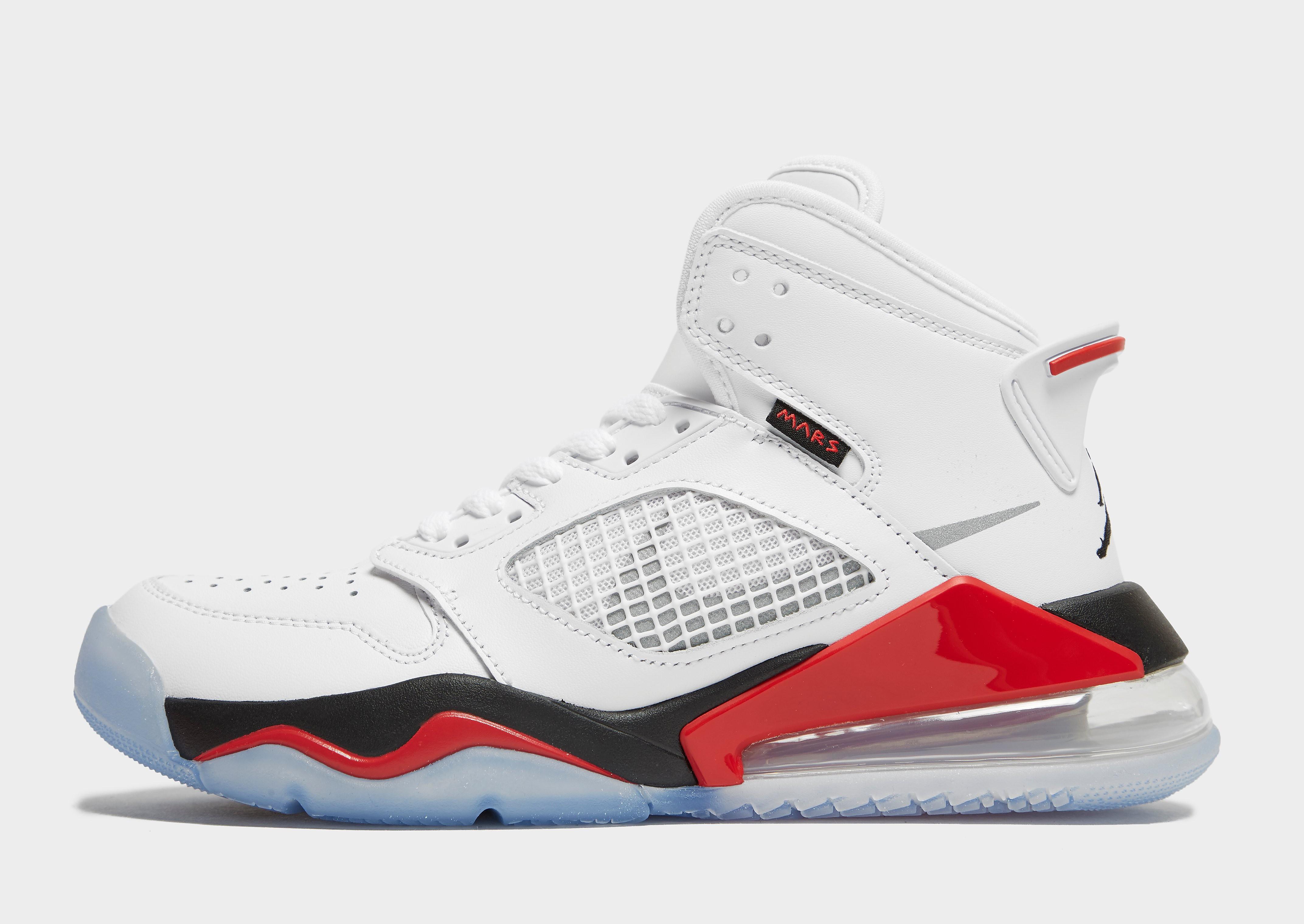 Jordan Mars 270 júnior, Blanco