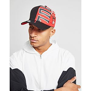 b6ad238ed93 New Era NBA Chicago Bulls 9FIFTY Snapback Cap ...
