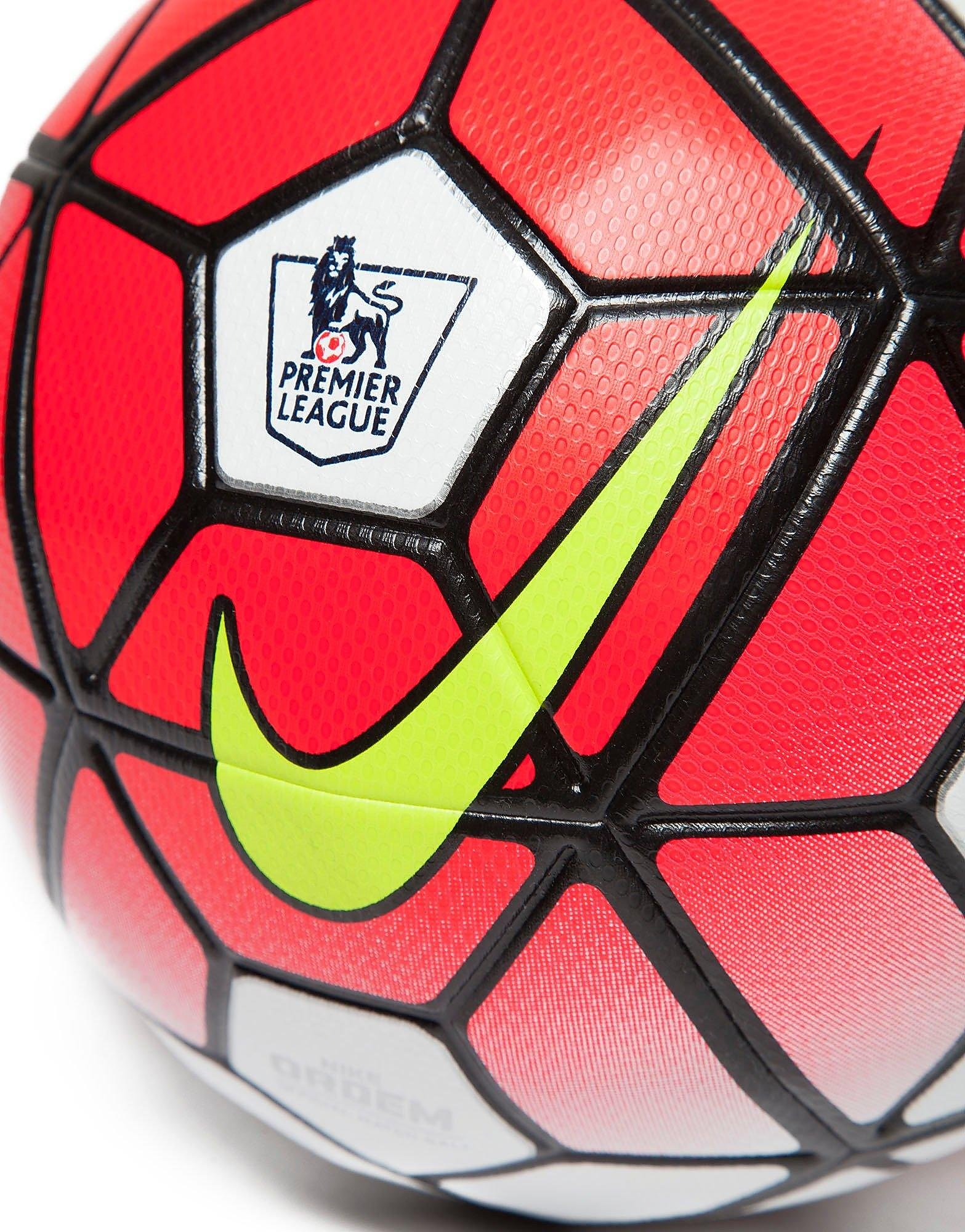 Nike Premier League 2015/2016 Skills Football