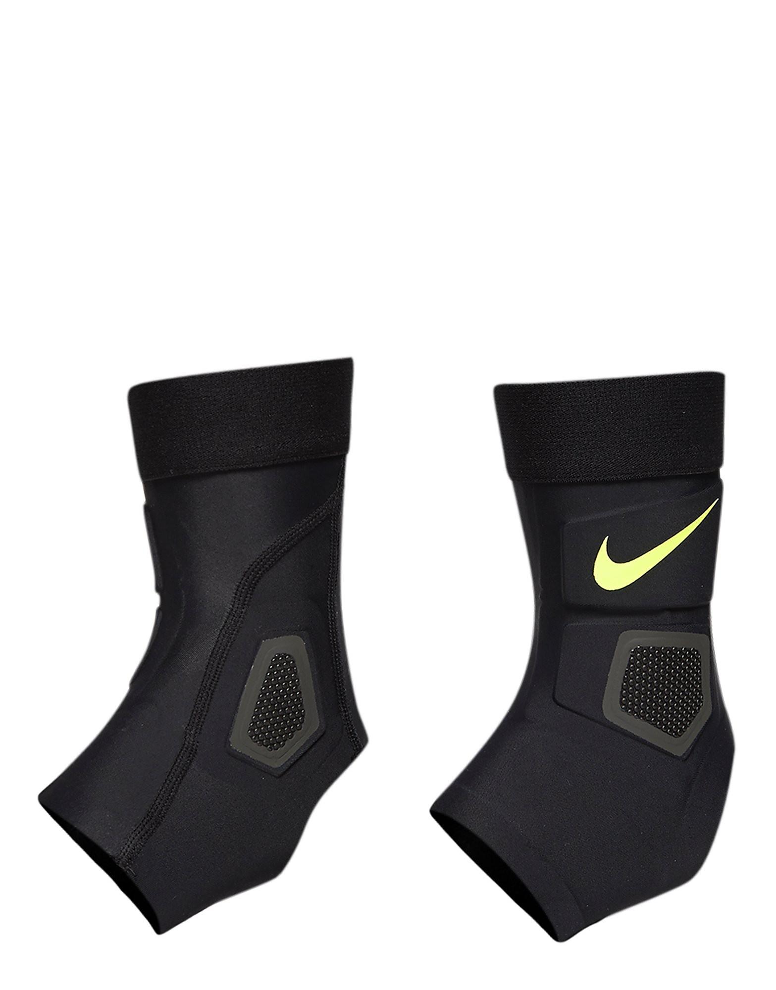Nike Pro Hyperstrong Strike ankelbeskytter