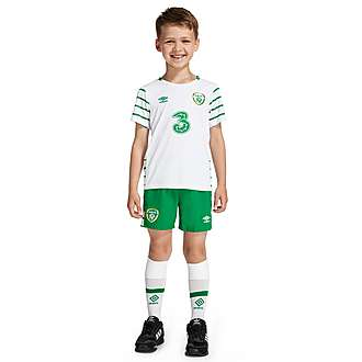 Umbro Republic of Ireland 2016 Away Kit Children
