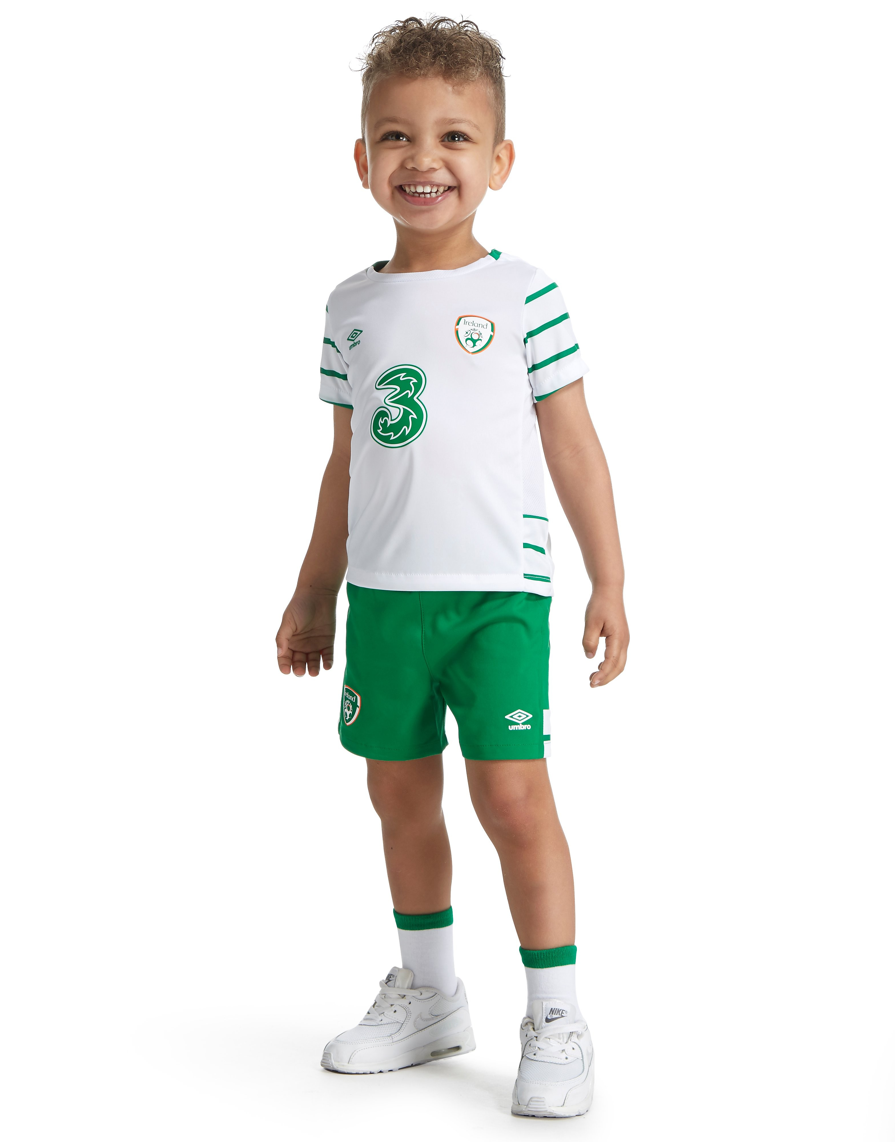 Umbro Republic of Ireland 2016 Away Kit Infant