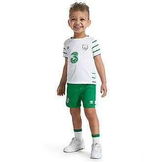 Umbro Republic of Ireland 2016 Away Kit Infant PRE ORDER